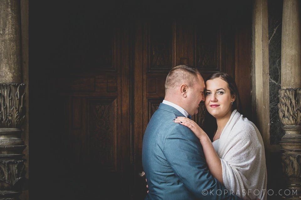Sesja ślubna w Zamku w Gołuchowie - Krzysia i Przemek 13