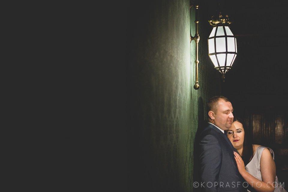 Sesja ślubna w Zamku w Gołuchowie - Krzysia i Przemek 17