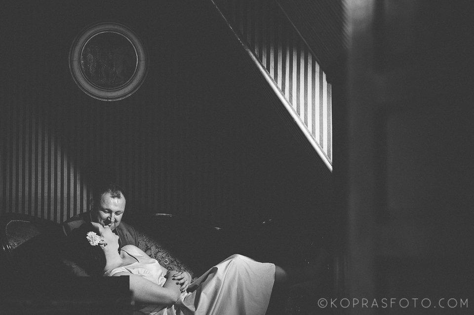 Sesja ślubna w Zamku w Gołuchowie - Krzysia i Przemek 19