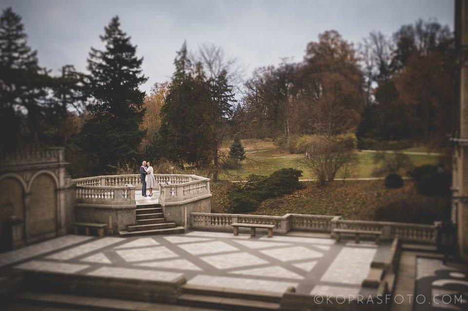 Sesja ślubna w Zamku w Gołuchowie - Krzysia i Przemek 23