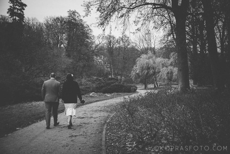 Sesja ślubna w Zamku w Gołuchowie - Krzysia i Przemek 37