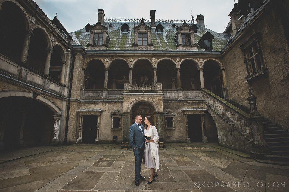 Sesja ślubna w Zamku w Gołuchowie - Krzysia i Przemek 1