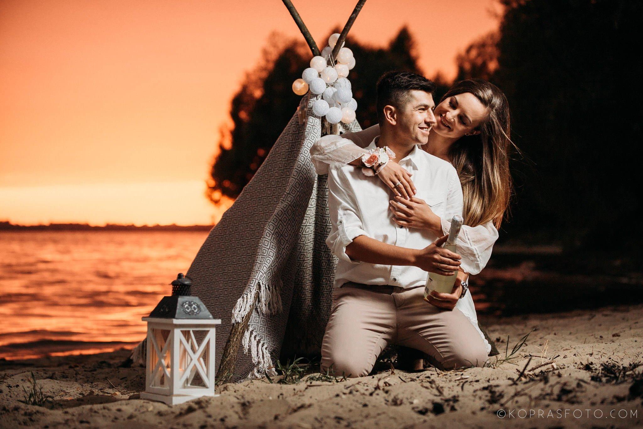 romantyczna sesja narzeczeńska, piękne zdjęcia, kreatywna fotografia, zbiornik jeziorsko, najlepszy fotograf konin, fotograf konin, fotograf poznań, fotograf ostrów wielkopolski,