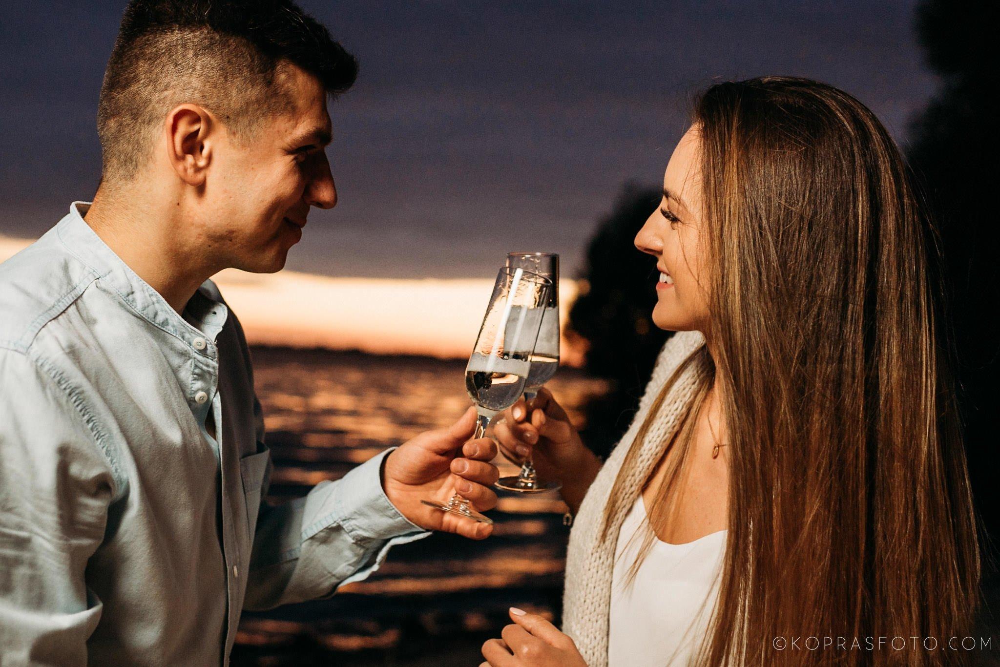 Ewa i Konrad - sesja narzeczeńska nad jeziorem 85