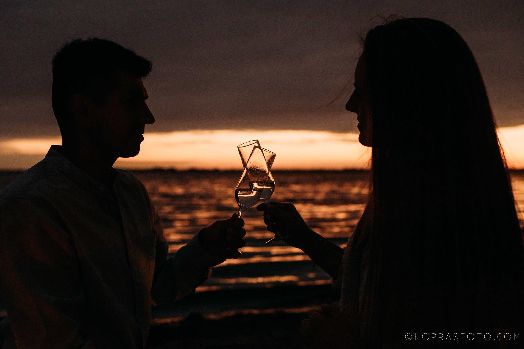 Ewa i Konrad - sesja narzeczeńska nad jeziorem 87