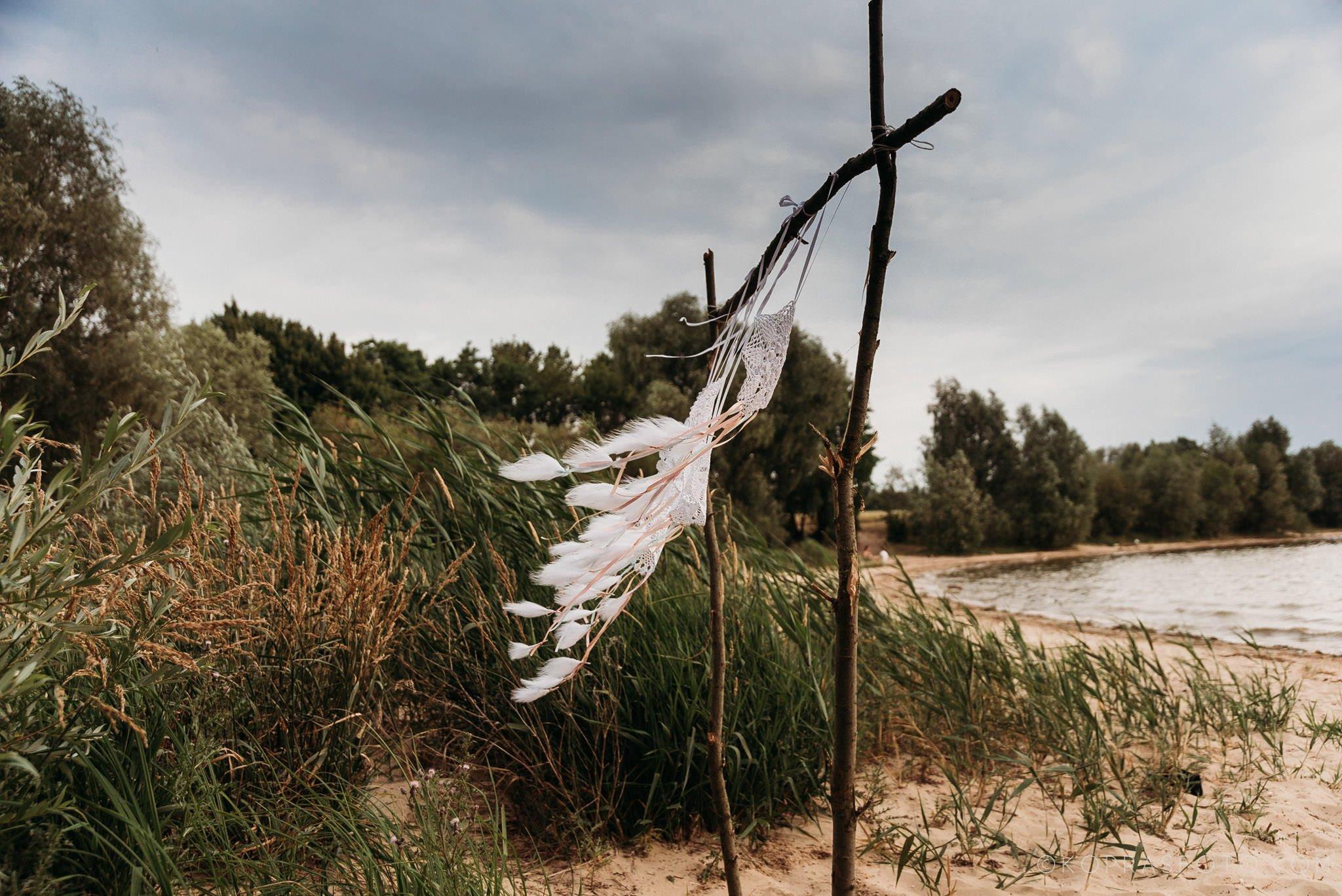 Ewa i Konrad - sesja narzeczeńska nad jeziorem 3