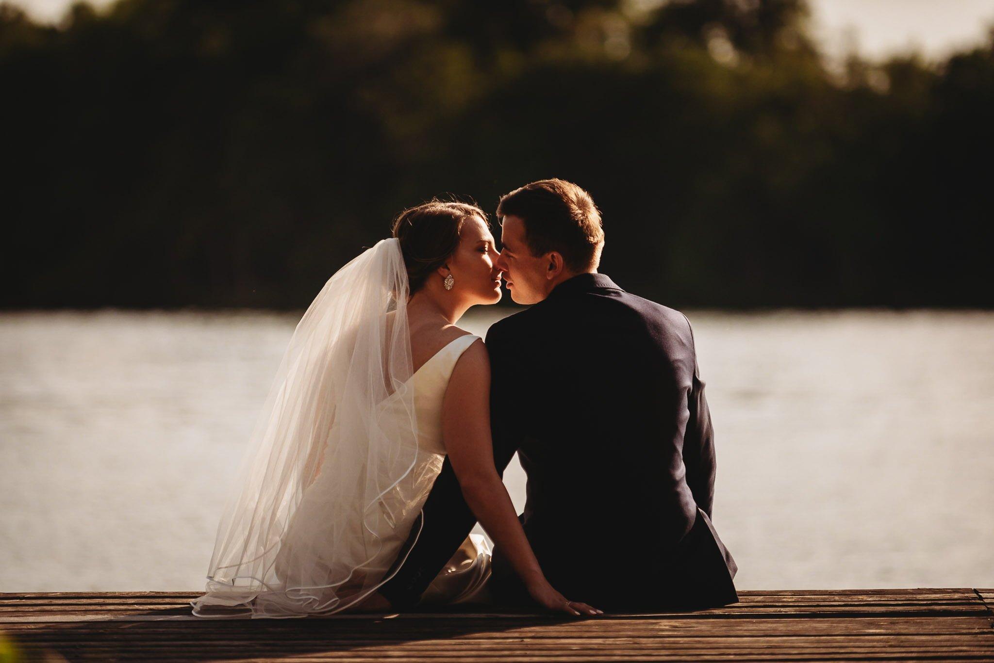 sesja ślubna, ślesin, marina, pan młody, panna młoda, piękna pogoda, pocałunek,