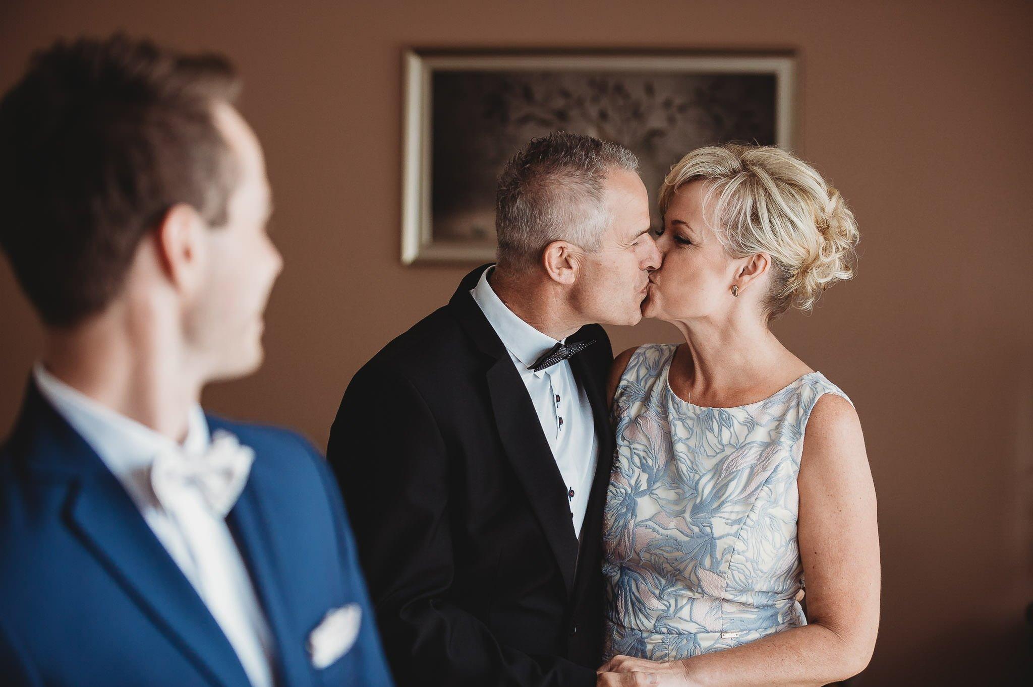 Angelika i Michał, piękne zdjęcia ślubne i sesja plenerowa w Gołuchowie 15