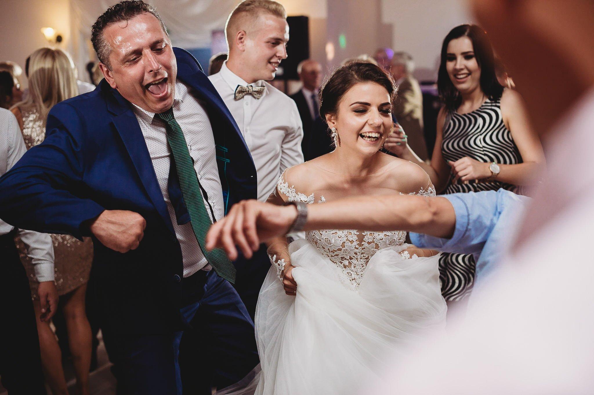 Angelika i Michał, piękne zdjęcia ślubne i sesja plenerowa w Gołuchowie 190