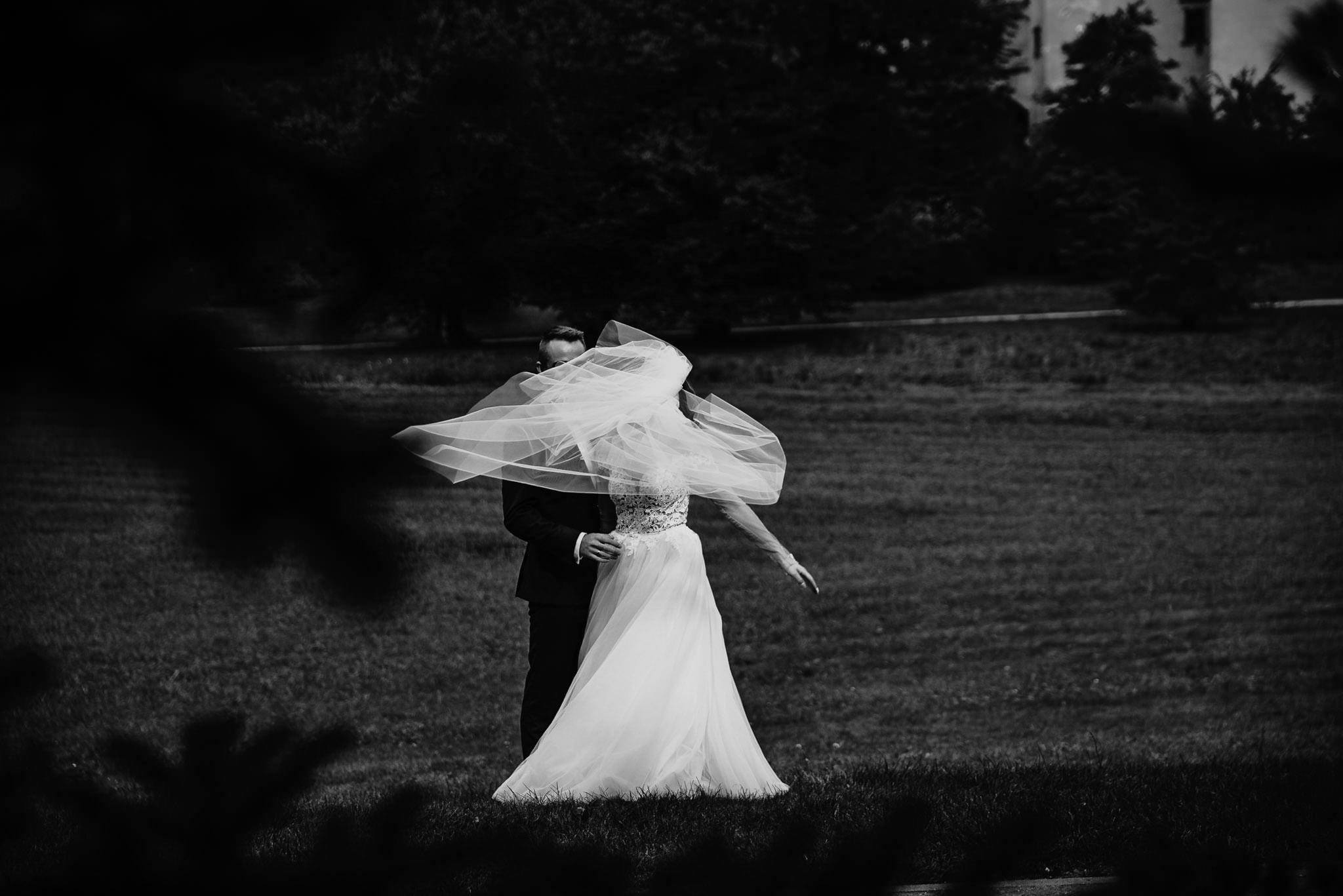 Angelika i Michał, piękne zdjęcia ślubne i sesja plenerowa w Gołuchowie 261