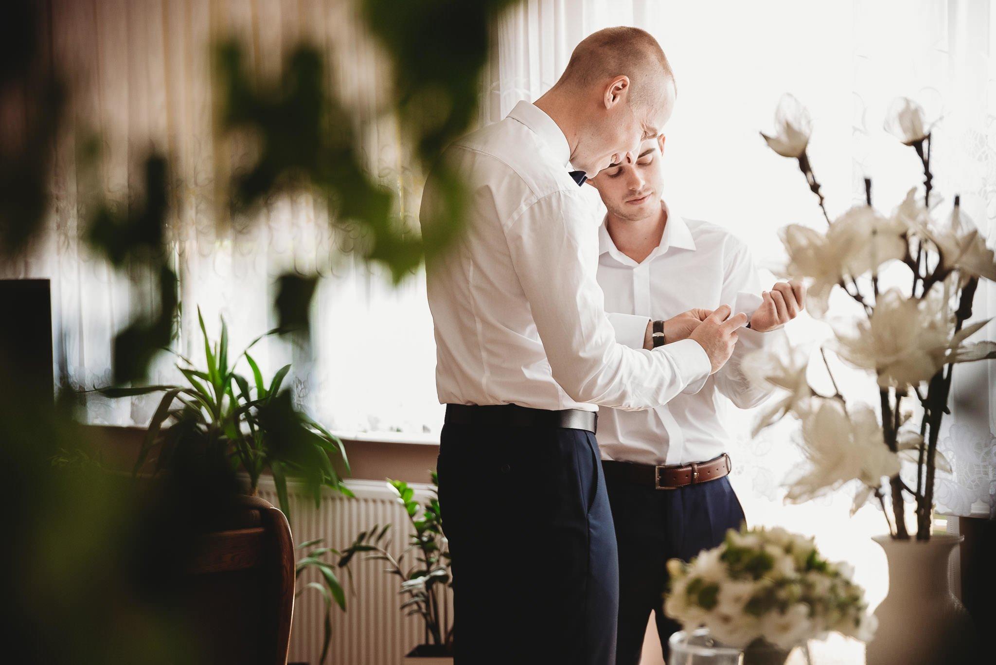 Angelika i Michał, piękne zdjęcia ślubne i sesja plenerowa w Gołuchowie 3