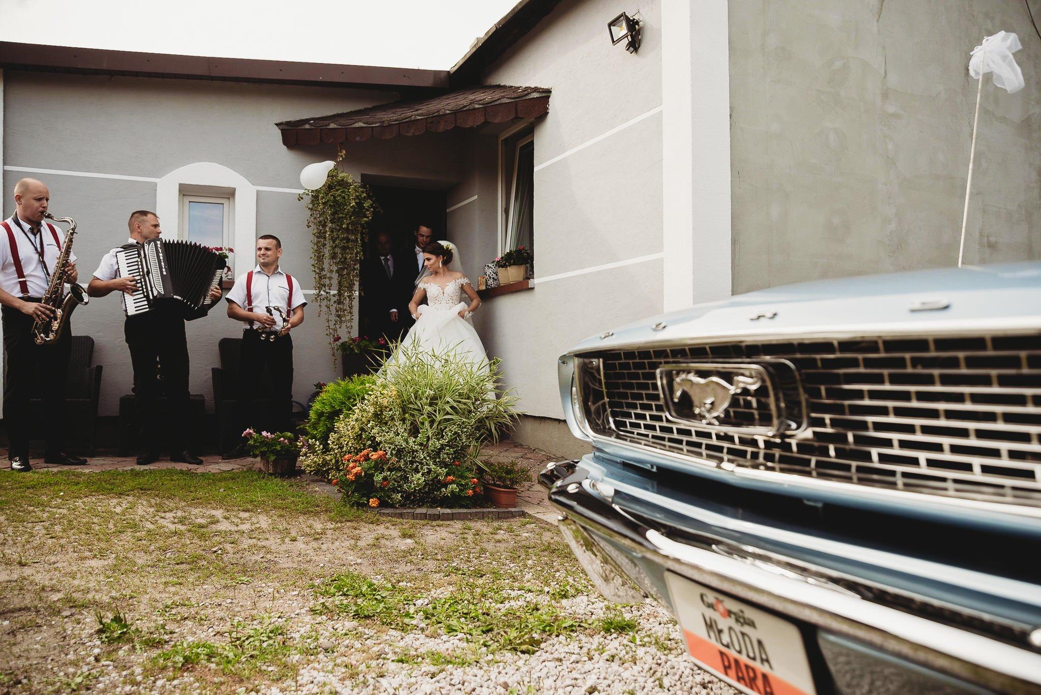 Angelika i Michał, piękne zdjęcia ślubne i sesja plenerowa w Gołuchowie 76