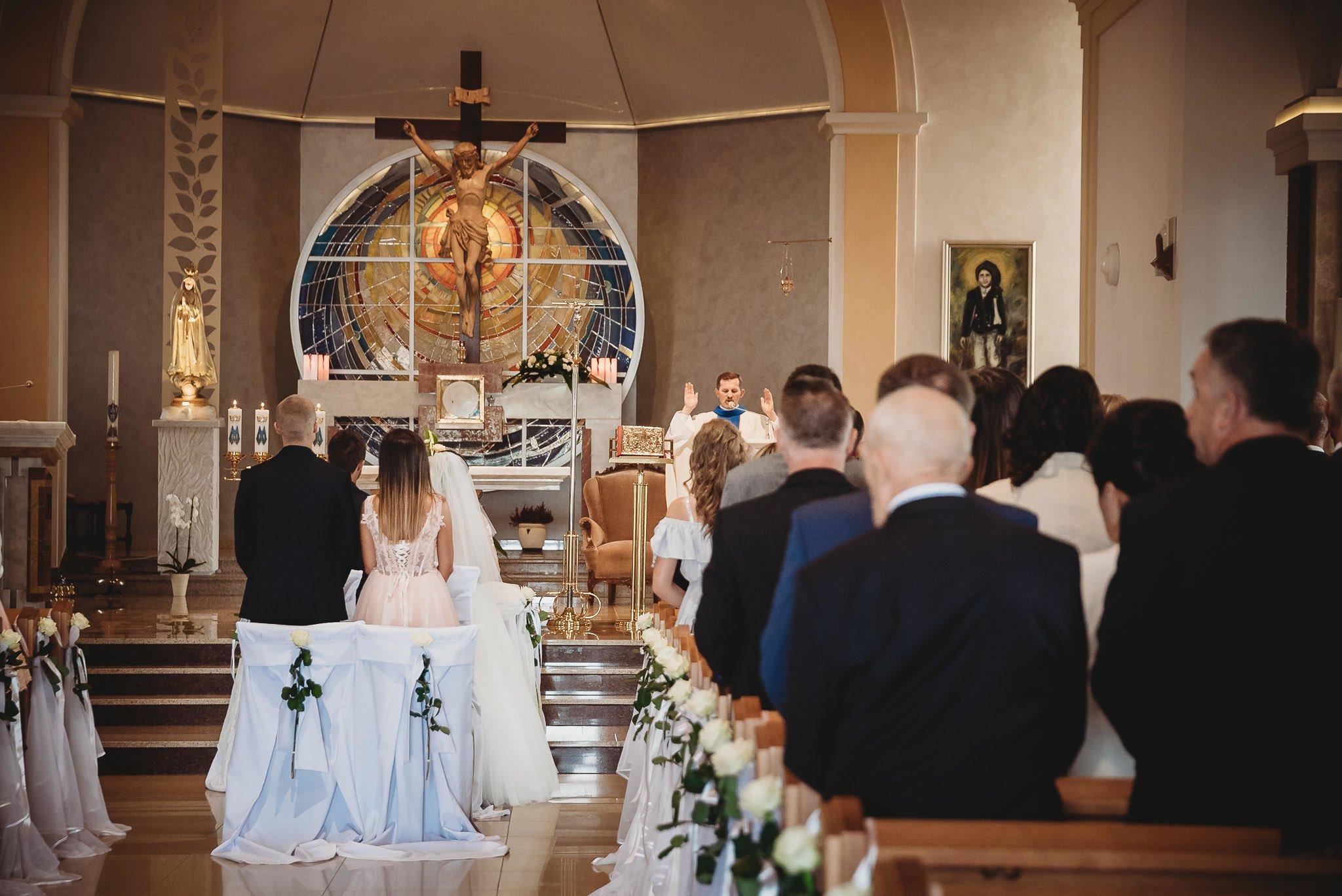 Angelika i Michał, piękne zdjęcia ślubne i sesja plenerowa w Gołuchowie 94