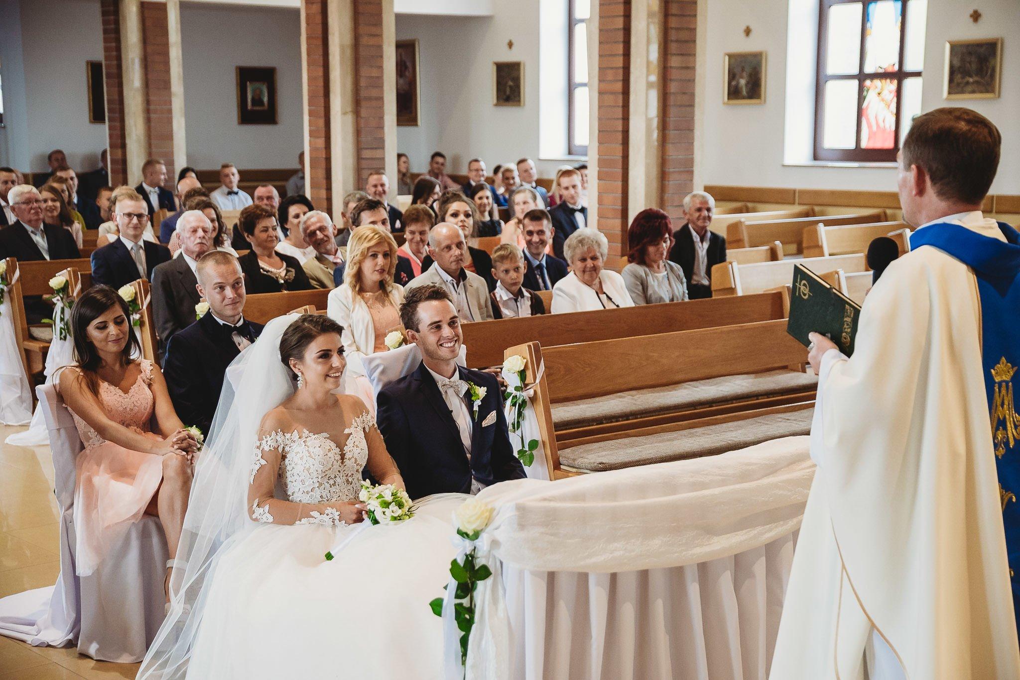 Angelika i Michał, piękne zdjęcia ślubne i sesja plenerowa w Gołuchowie 98