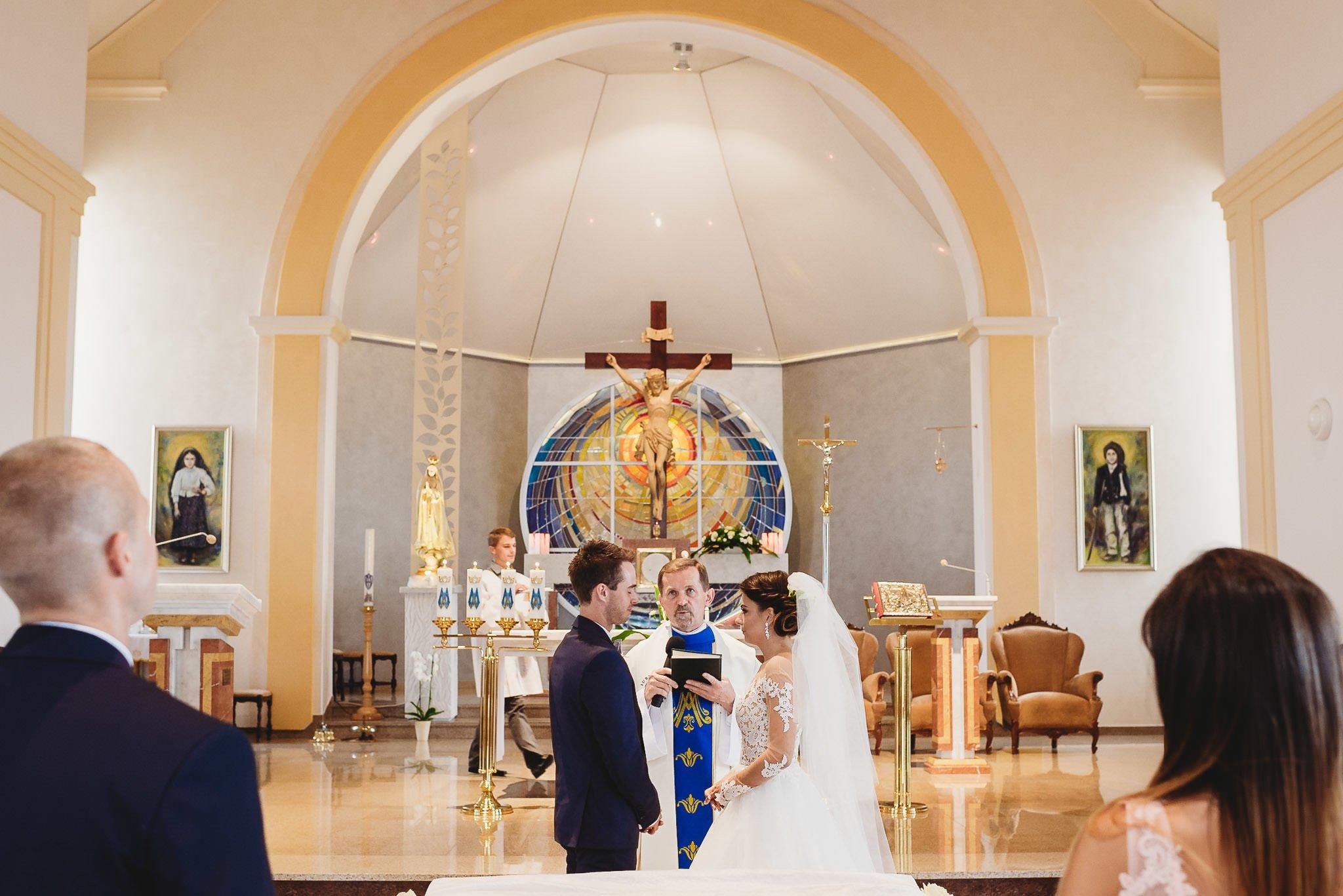 Angelika i Michał, piękne zdjęcia ślubne i sesja plenerowa w Gołuchowie 110