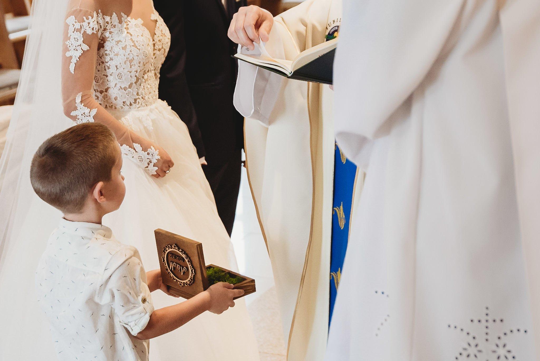 Angelika i Michał, piękne zdjęcia ślubne i sesja plenerowa w Gołuchowie 112