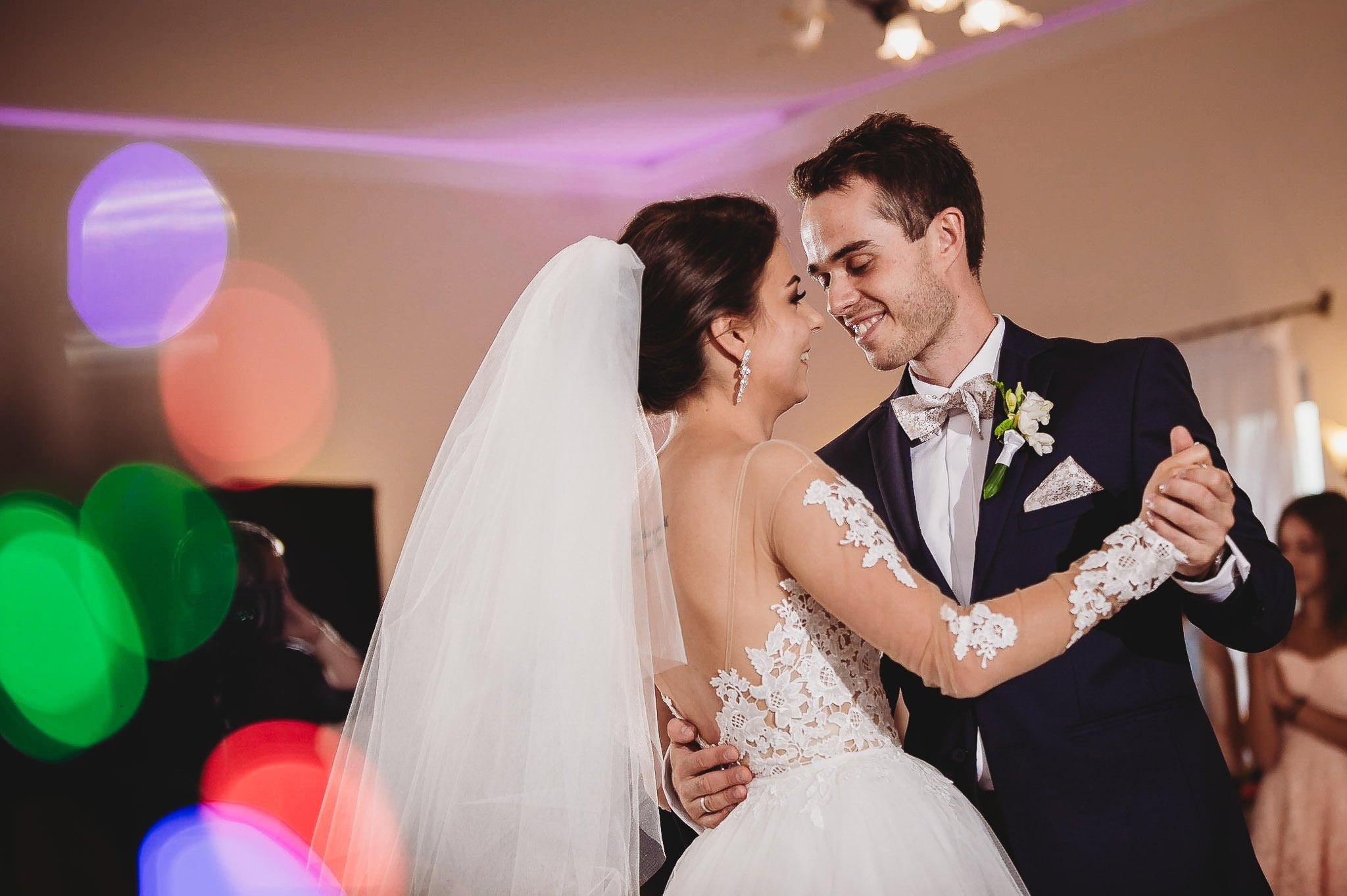 Angelika i Michał, piękne zdjęcia ślubne i sesja plenerowa w Gołuchowie 150