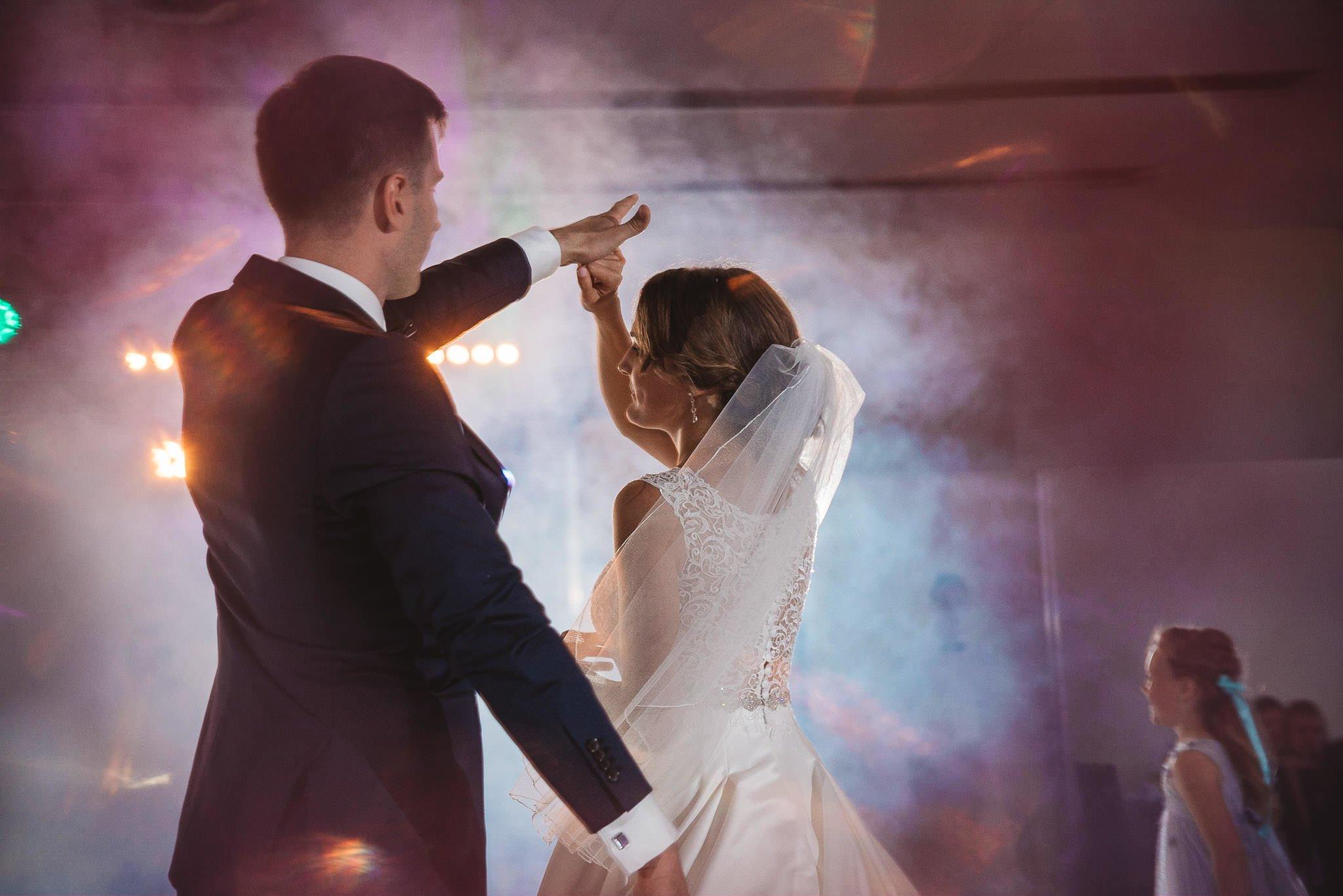 Monika i Michał, wesele w Paryżu i sesja plenerowa w stadninie koni w Czołowie 182