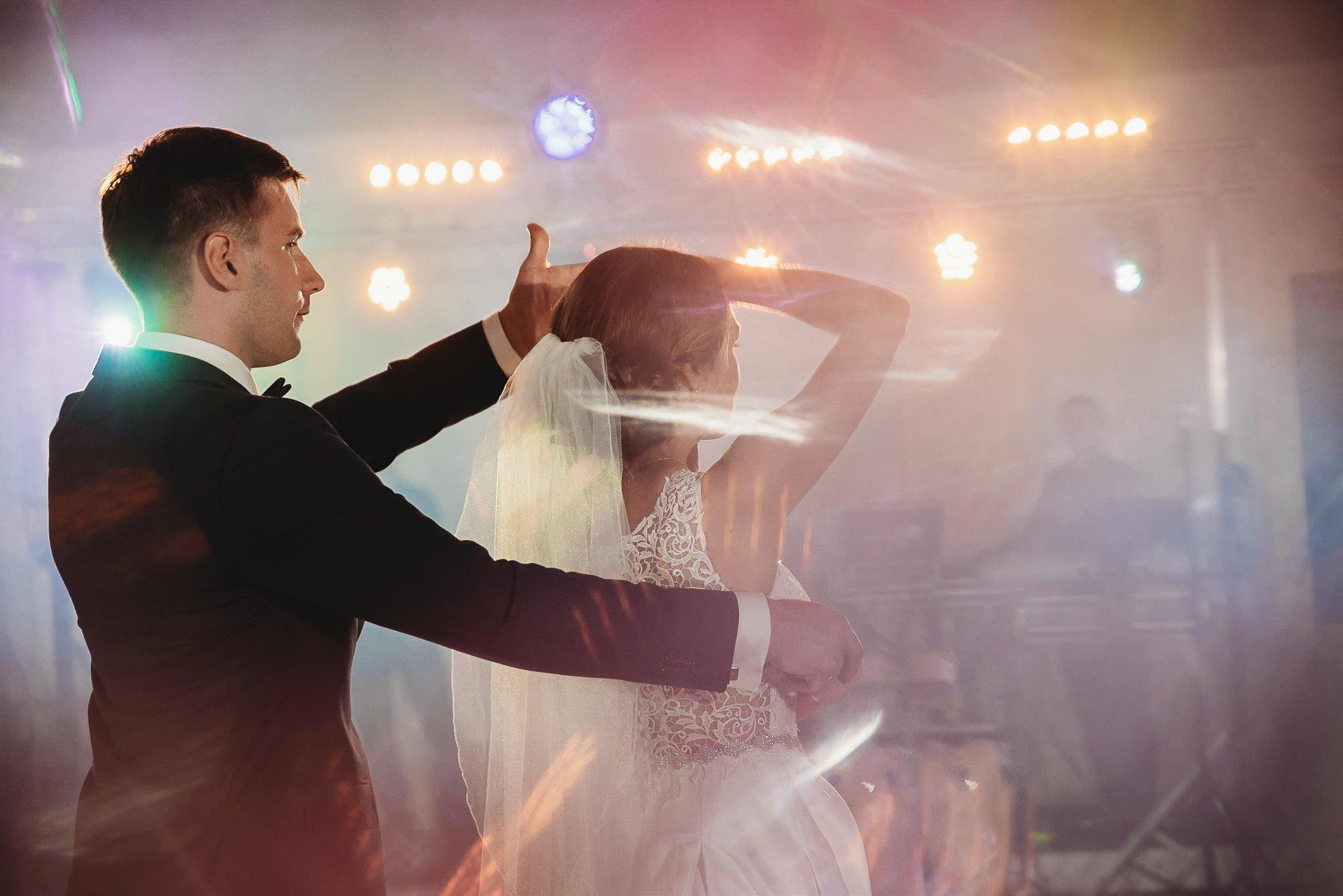 Monika i Michał, wesele w Paryżu i sesja plenerowa w stadninie koni w Czołowie 188