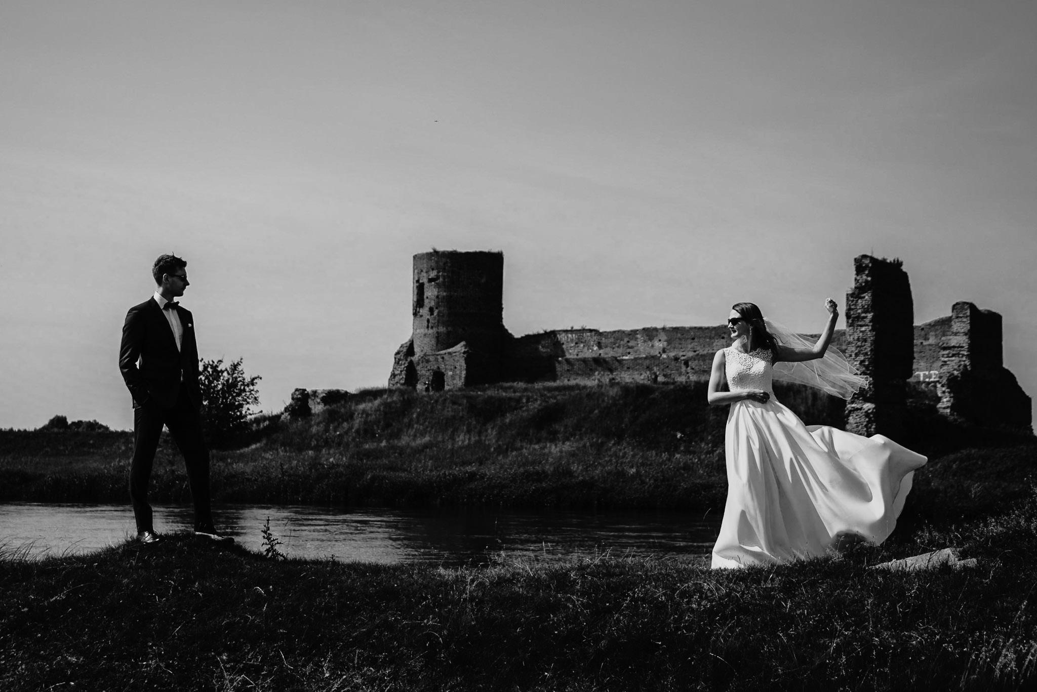 Monika i Michał, wesele w Paryżu i sesja plenerowa w stadninie koni w Czołowie 316