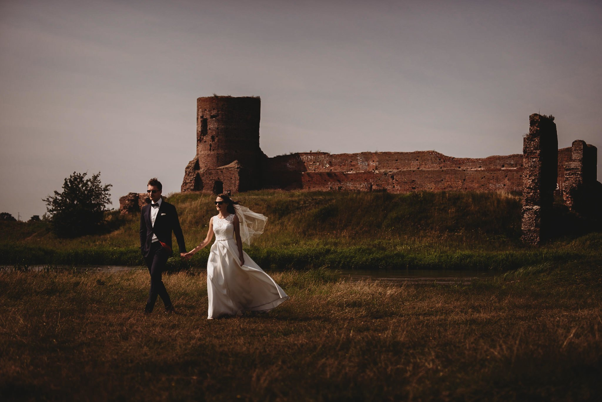 Monika i Michał, wesele w Paryżu i sesja plenerowa w stadninie koni w Czołowie 318