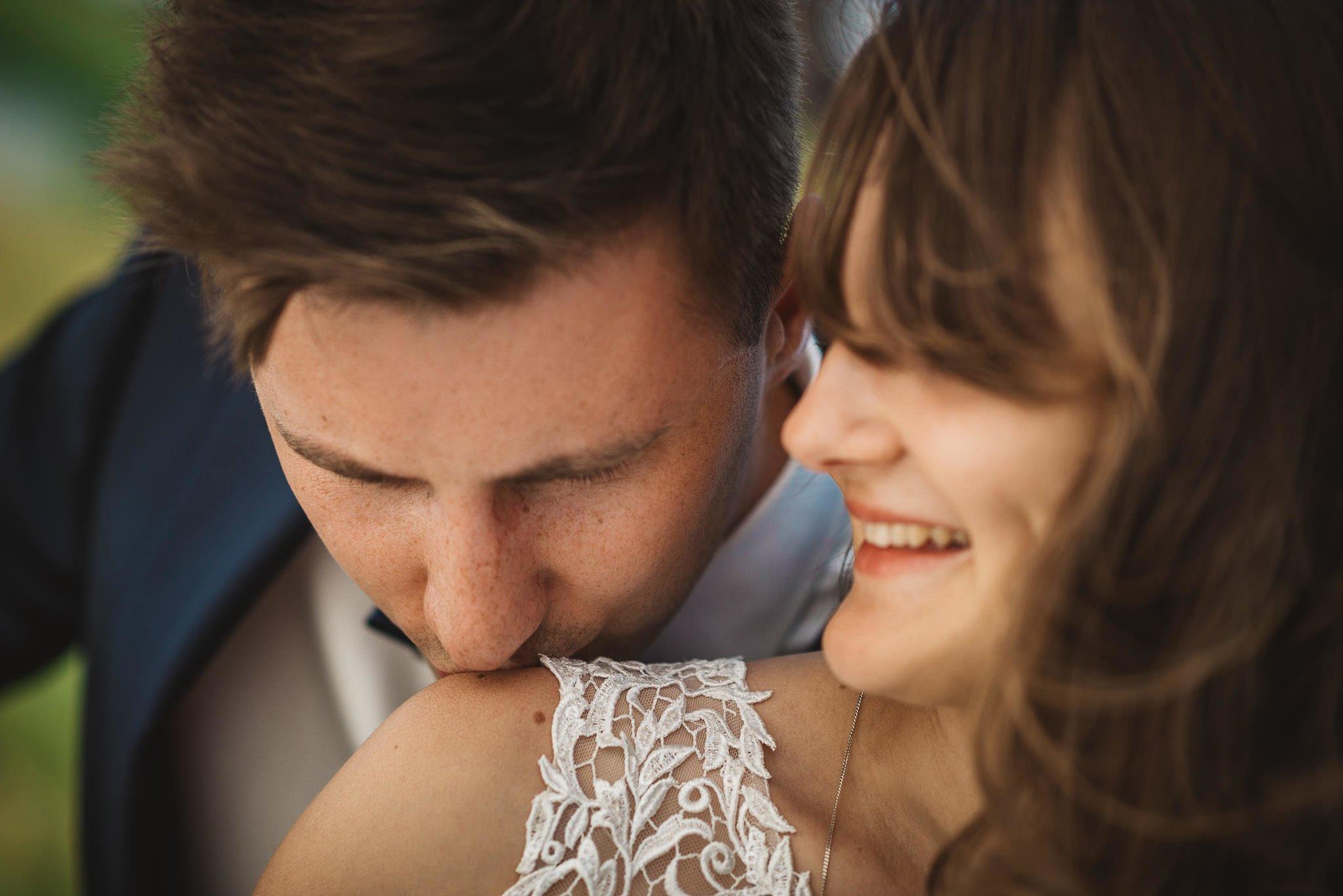 Monika i Michał, wesele w Paryżu i sesja plenerowa w stadninie koni w Czołowie 328