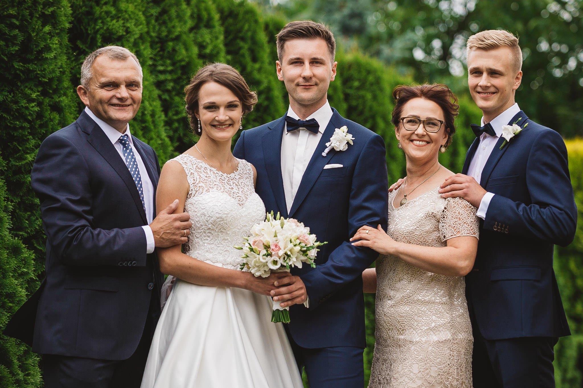 Monika i Michał, wesele w Paryżu i sesja plenerowa w stadninie koni w Czołowie 61