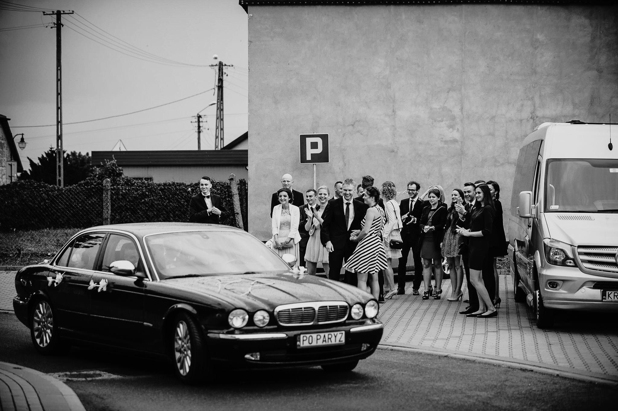 Monika i Michał, wesele w Paryżu i sesja plenerowa w stadninie koni w Czołowie 76