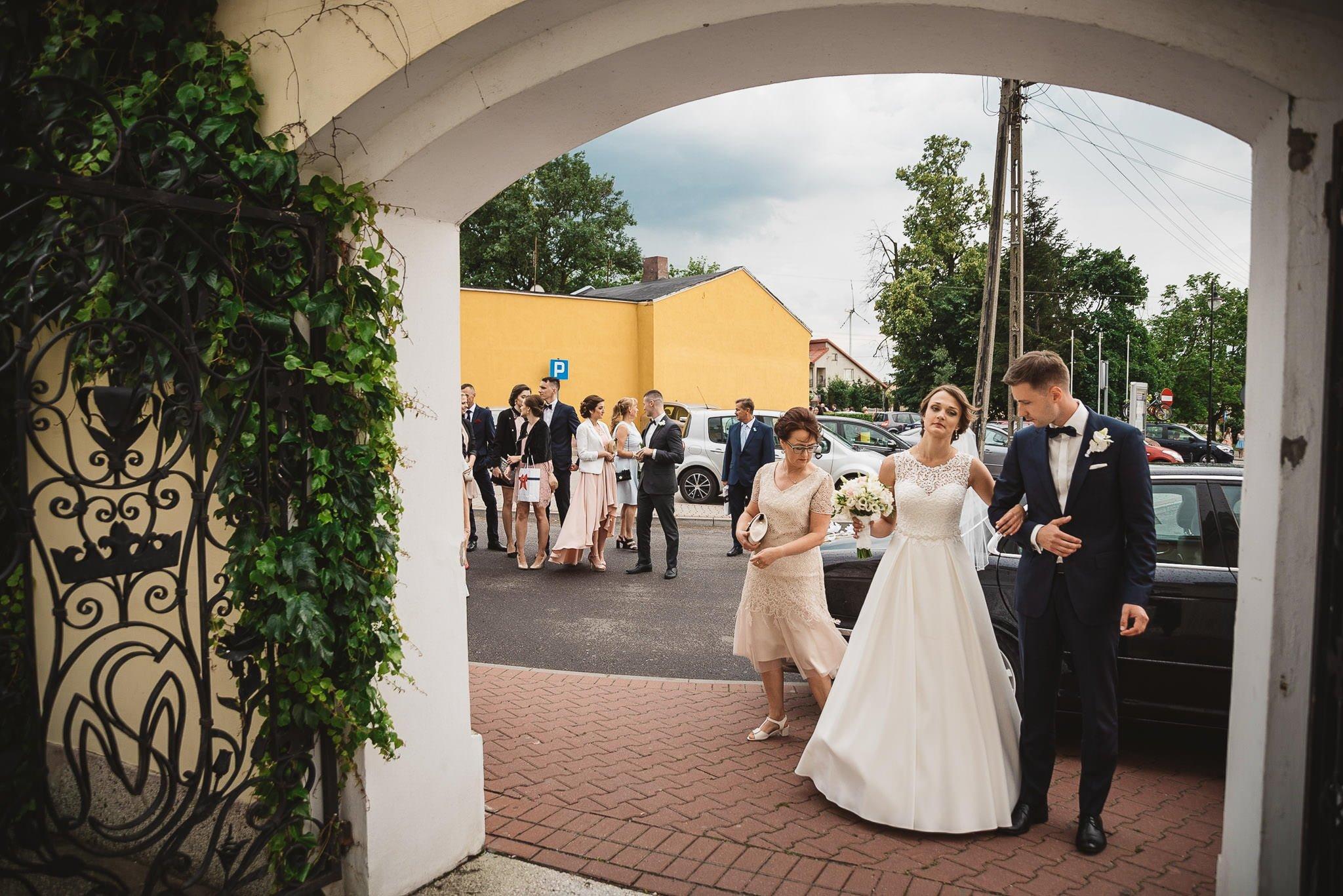 Monika i Michał, wesele w Paryżu i sesja plenerowa w stadninie koni w Czołowie 80