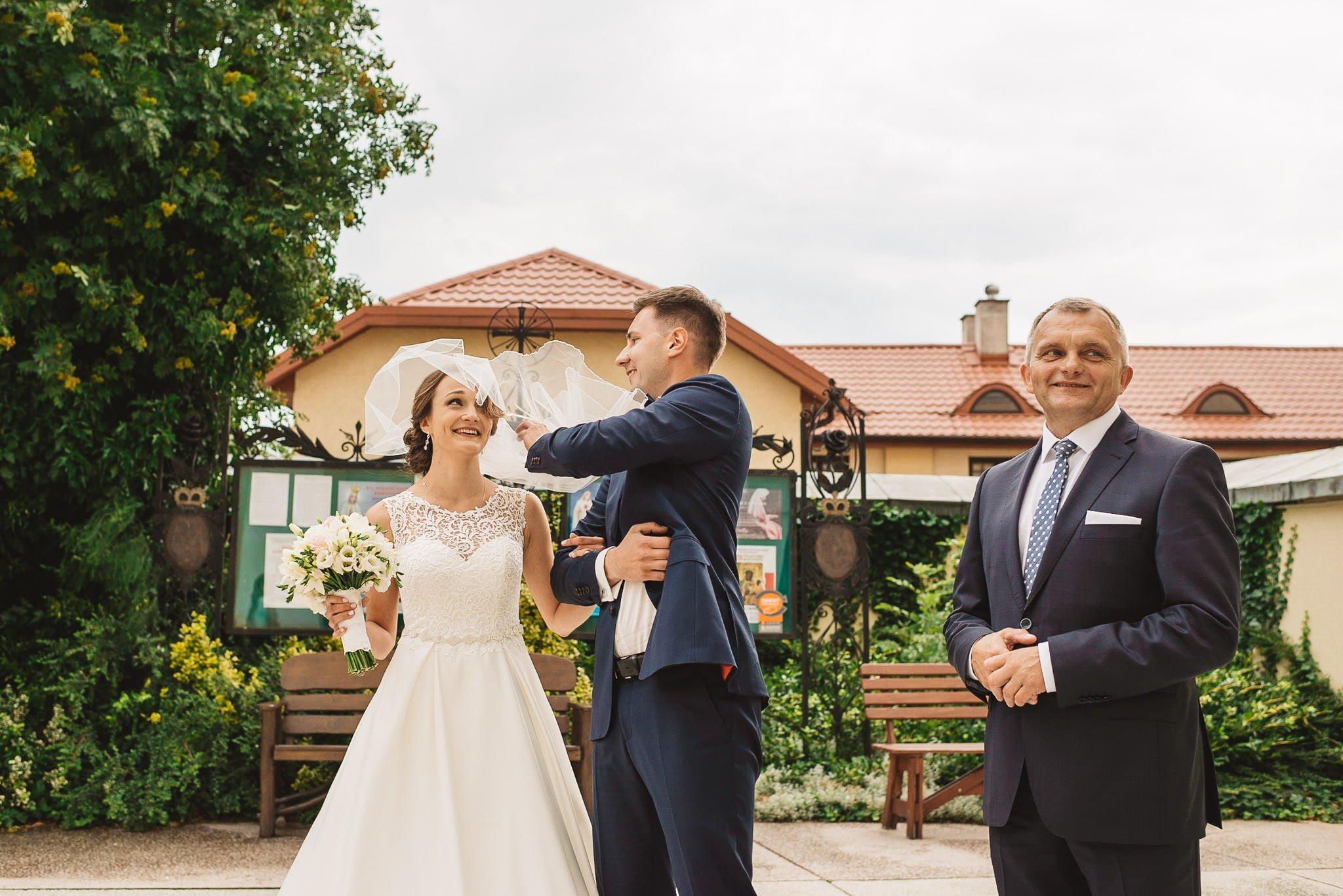 Monika i Michał, wesele w Paryżu i sesja plenerowa w stadninie koni w Czołowie 82