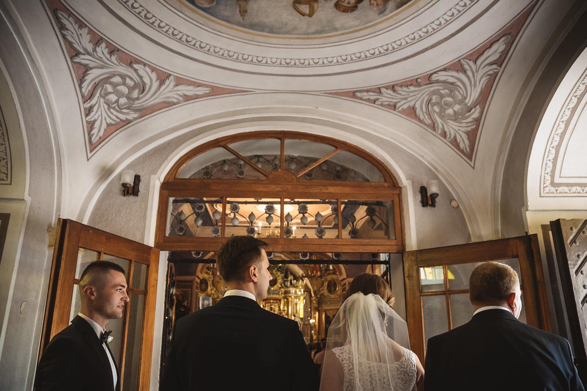 Monika i Michał, wesele w Paryżu i sesja plenerowa w stadninie koni w Czołowie 88