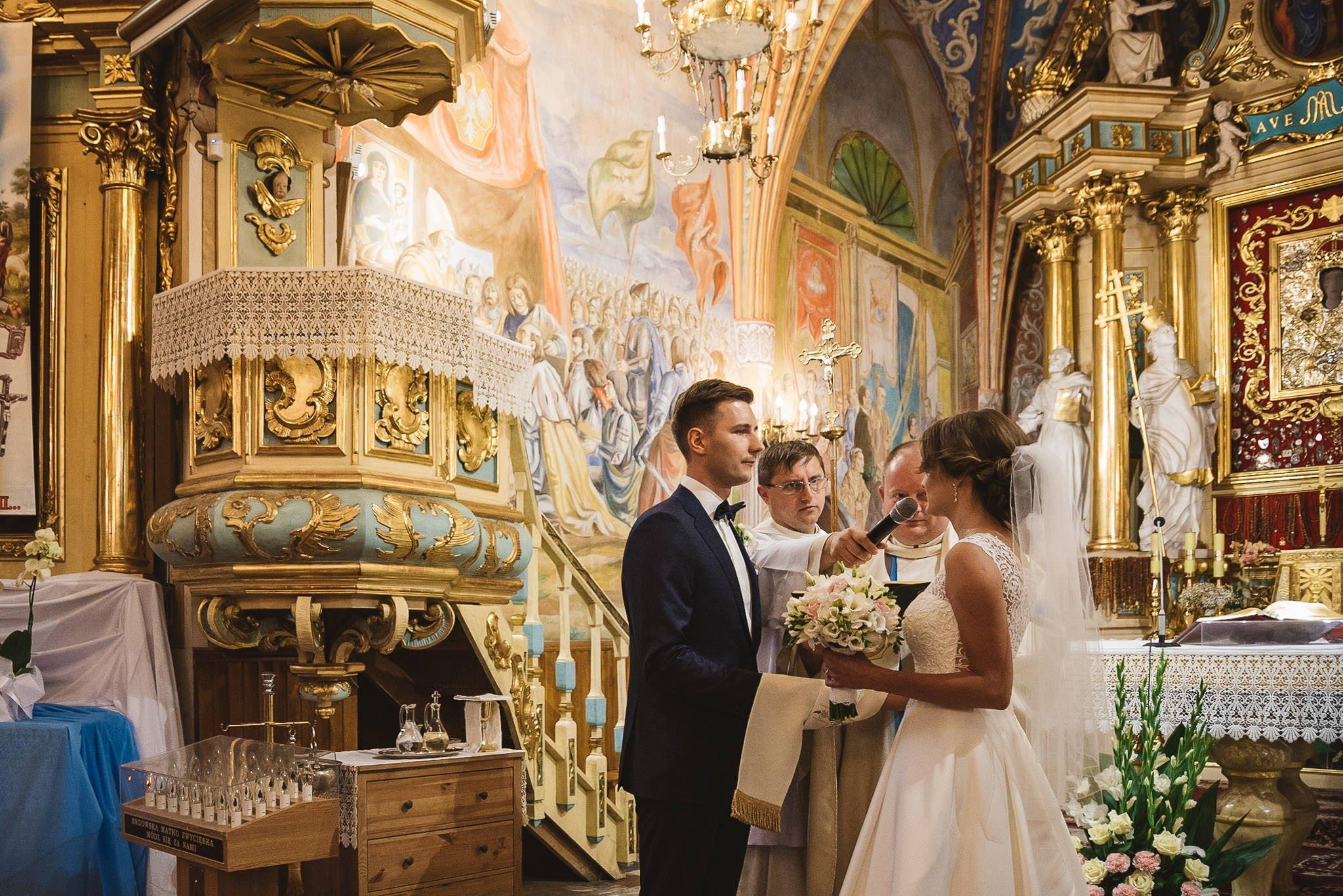 Monika i Michał, wesele w Paryżu i sesja plenerowa w stadninie koni w Czołowie 120