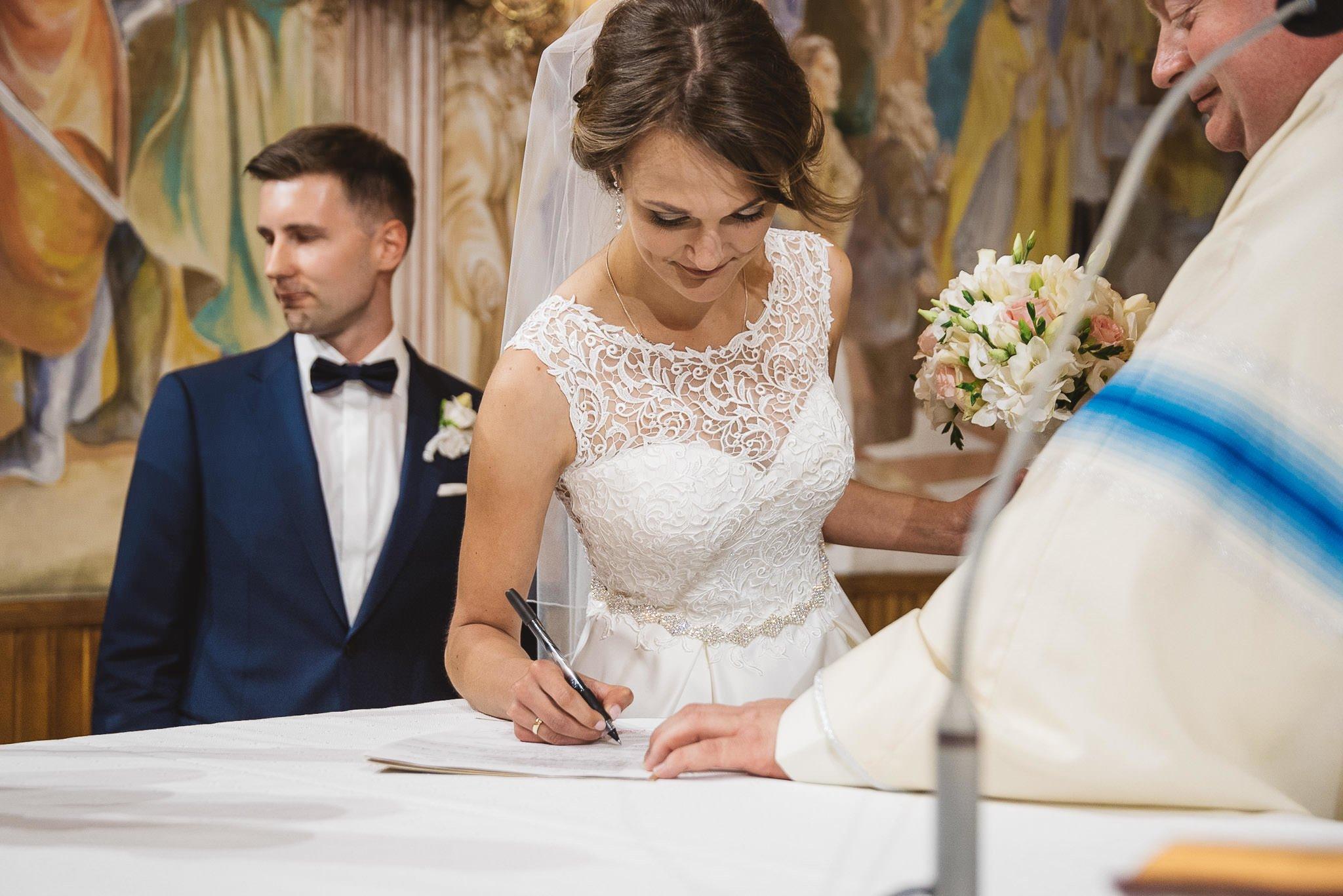 Monika i Michał, wesele w Paryżu i sesja plenerowa w stadninie koni w Czołowie 138