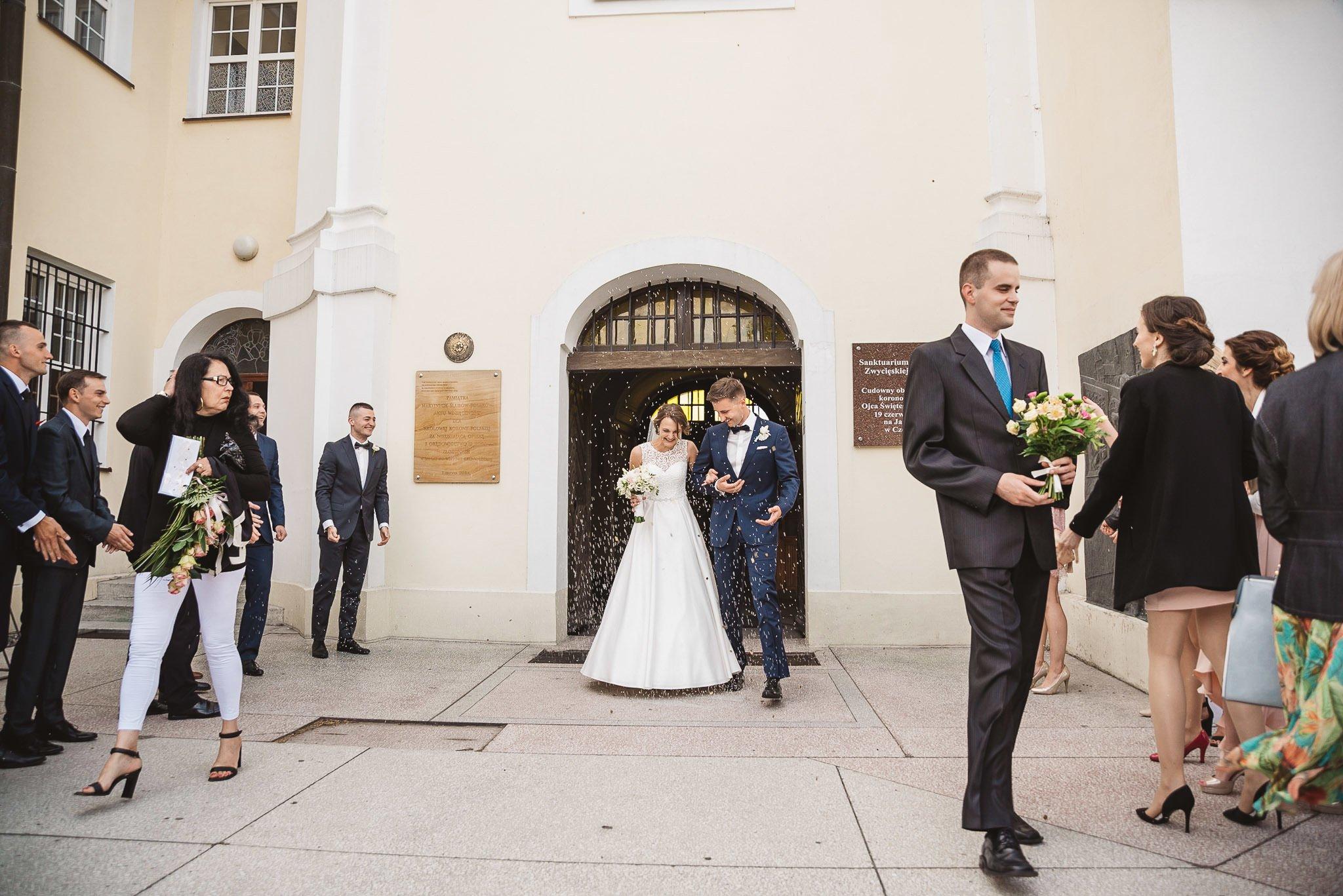 Monika i Michał, wesele w Paryżu i sesja plenerowa w stadninie koni w Czołowie 148