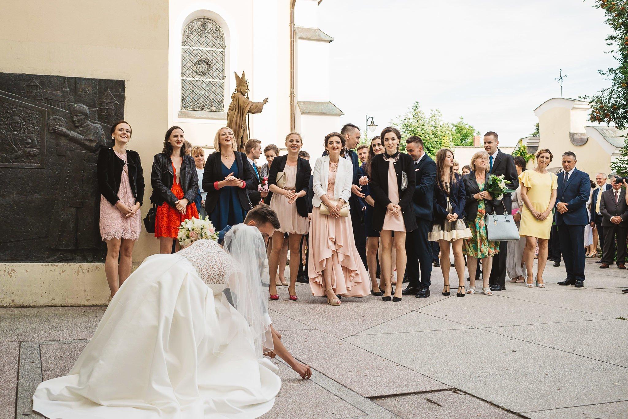 Monika i Michał, wesele w Paryżu i sesja plenerowa w stadninie koni w Czołowie 150