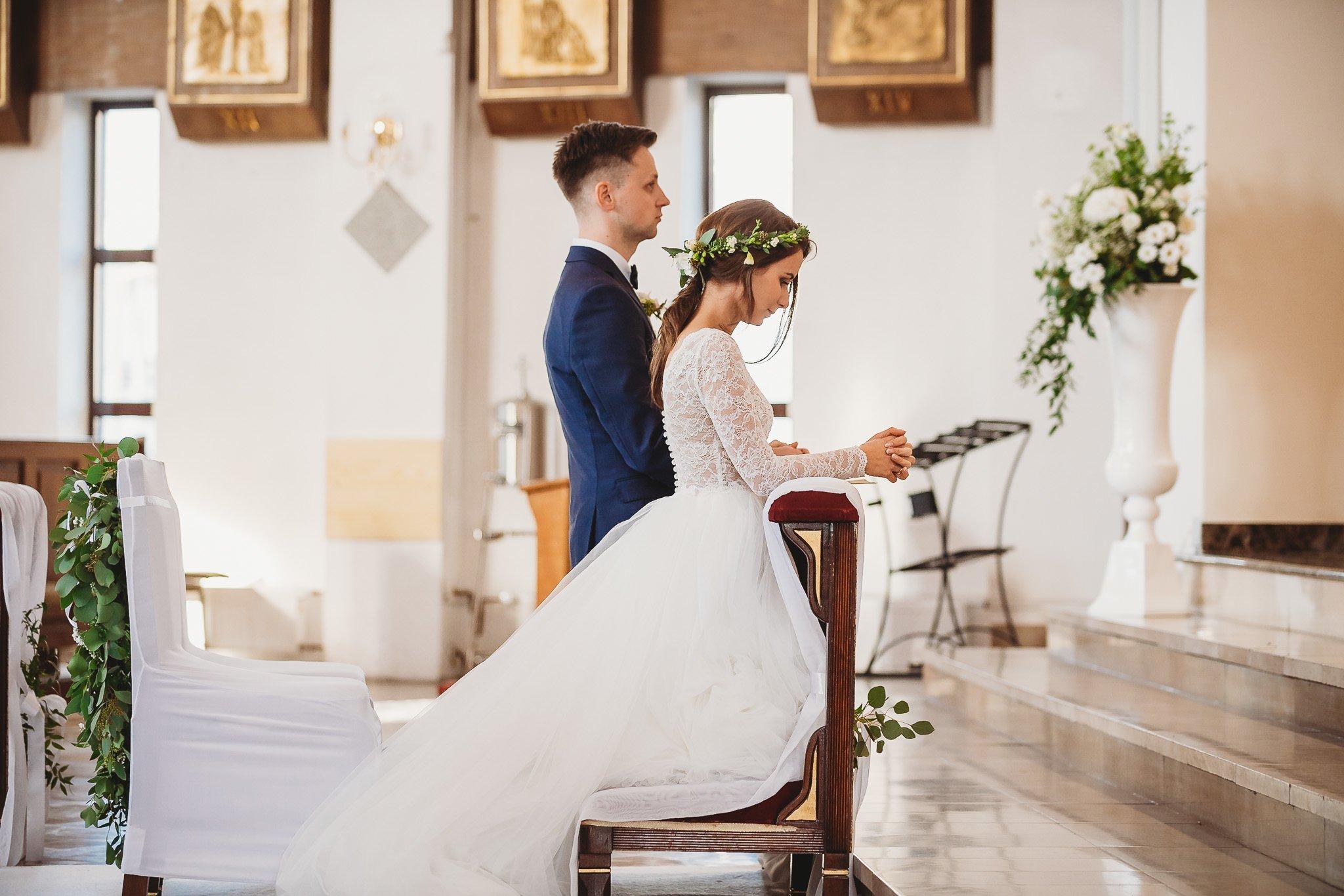 Fantastyczny ślub w stylu rustykalnym, wesele w Kapitańskiej  fotograf ślubny Konin 153