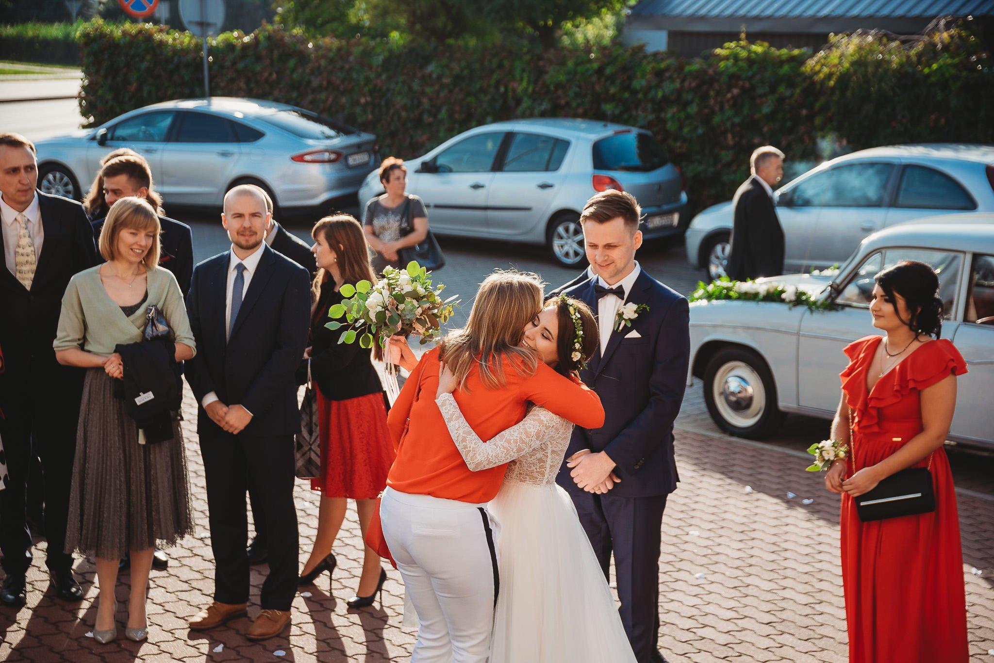 Fantastyczny ślub w stylu rustykalnym, wesele w Kapitańskiej  fotograf ślubny Konin 161