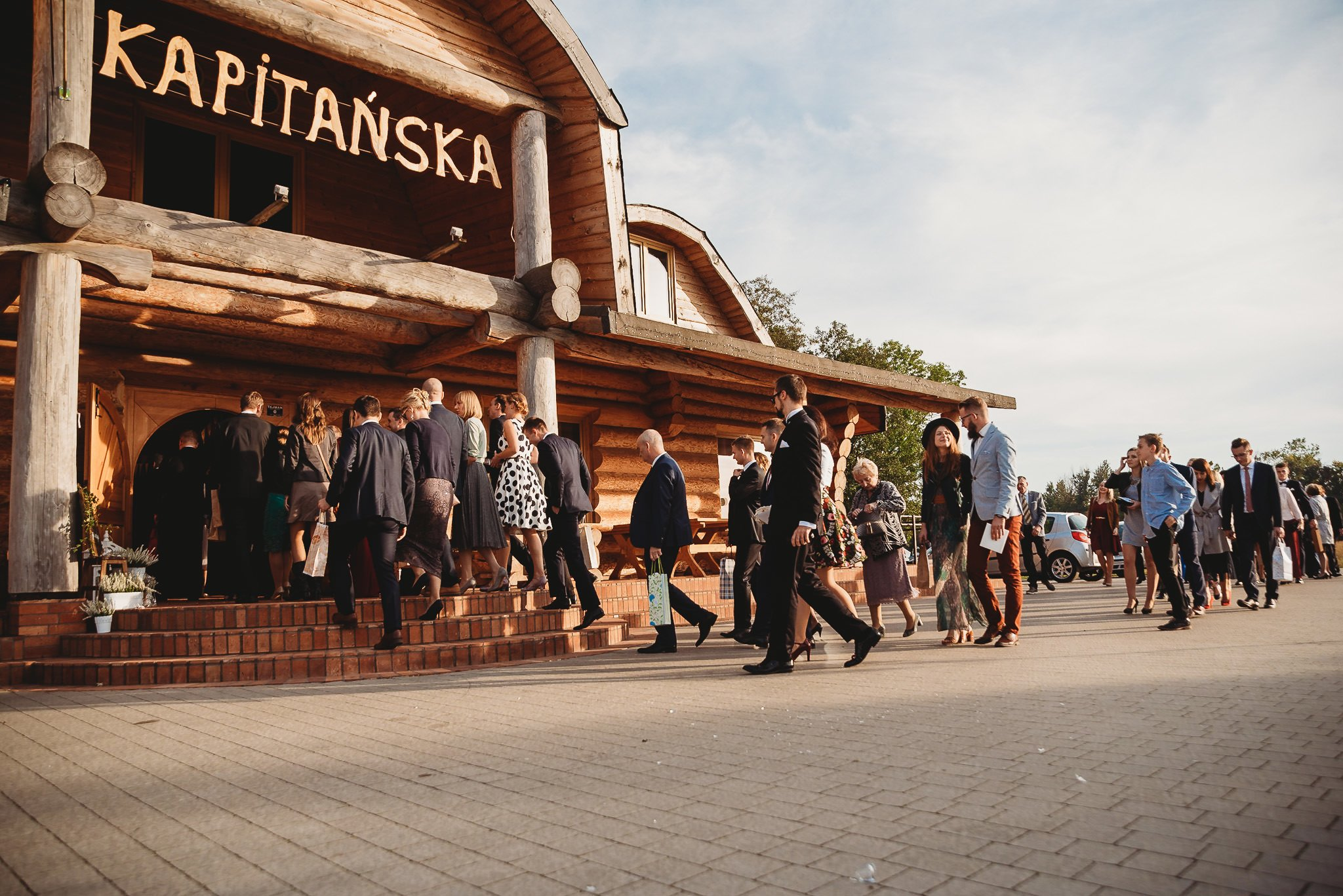 Fantastyczny ślub w stylu rustykalnym, wesele w Kapitańskiej  fotograf ślubny Konin 201