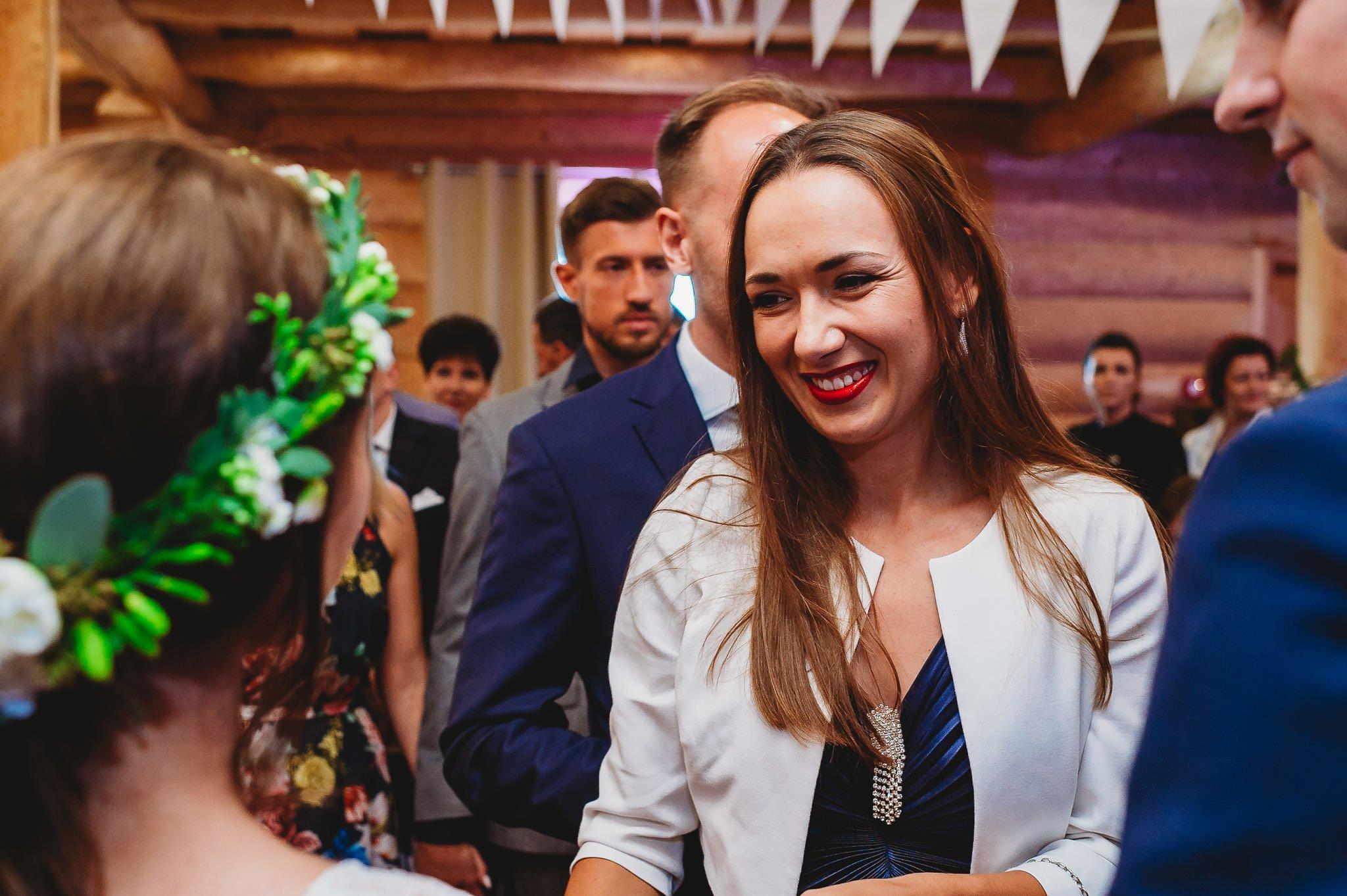 Fantastyczny ślub w stylu rustykalnym, wesele w Kapitańskiej  fotograf ślubny Konin 213