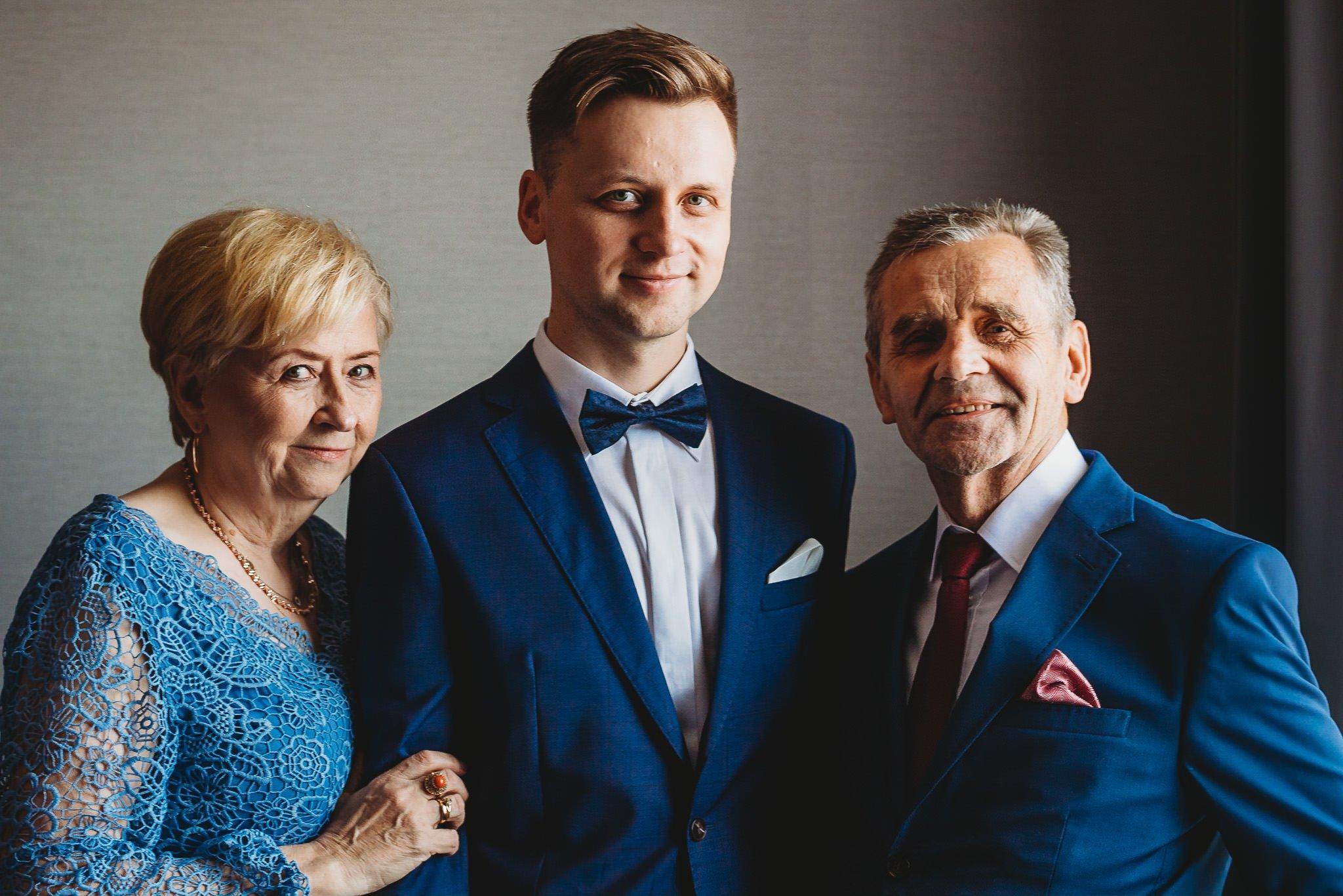Fantastyczny ślub w stylu rustykalnym, wesele w Kapitańskiej  fotograf ślubny Konin 19
