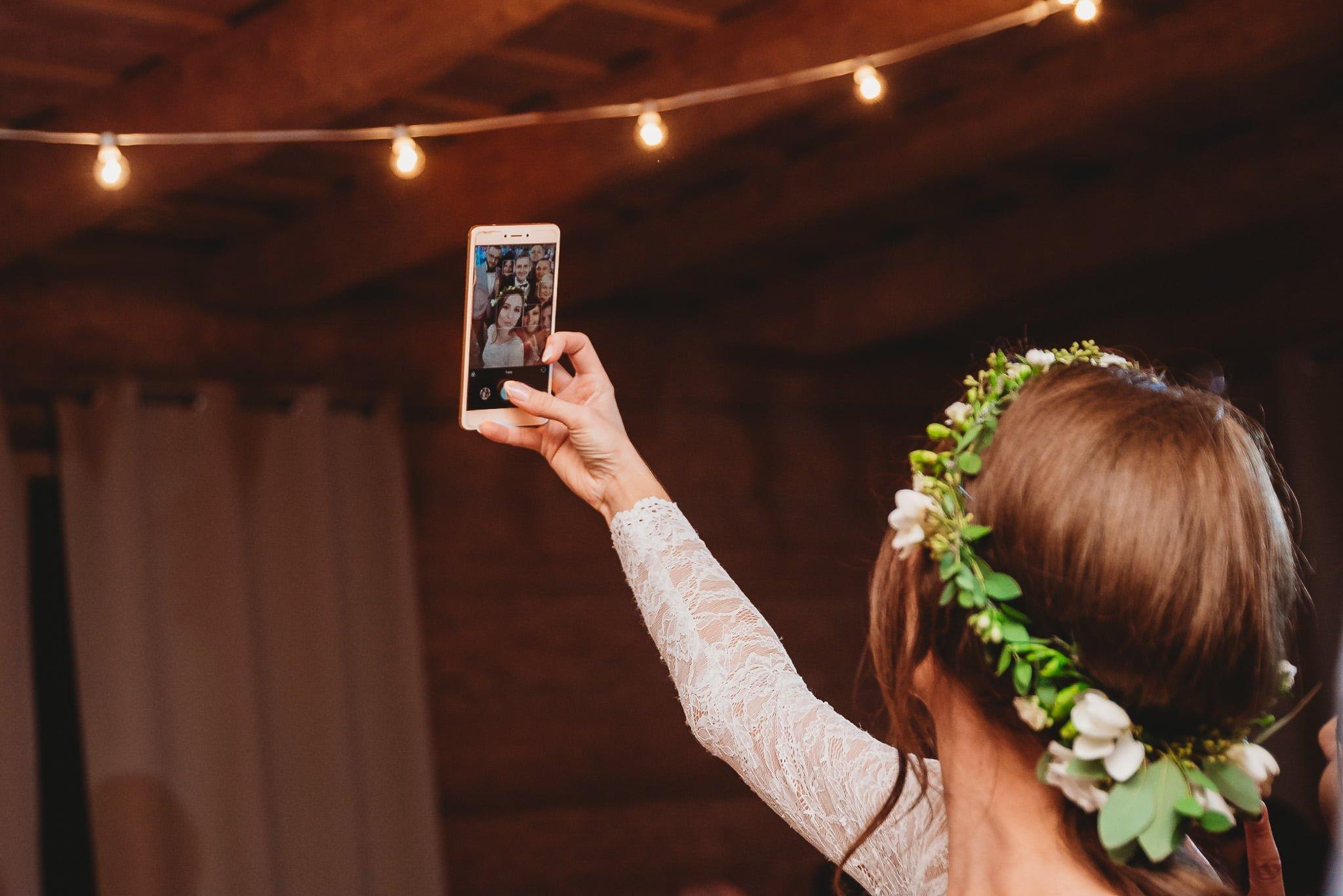 Fantastyczny ślub w stylu rustykalnym, wesele w Kapitańskiej  fotograf ślubny Konin 378