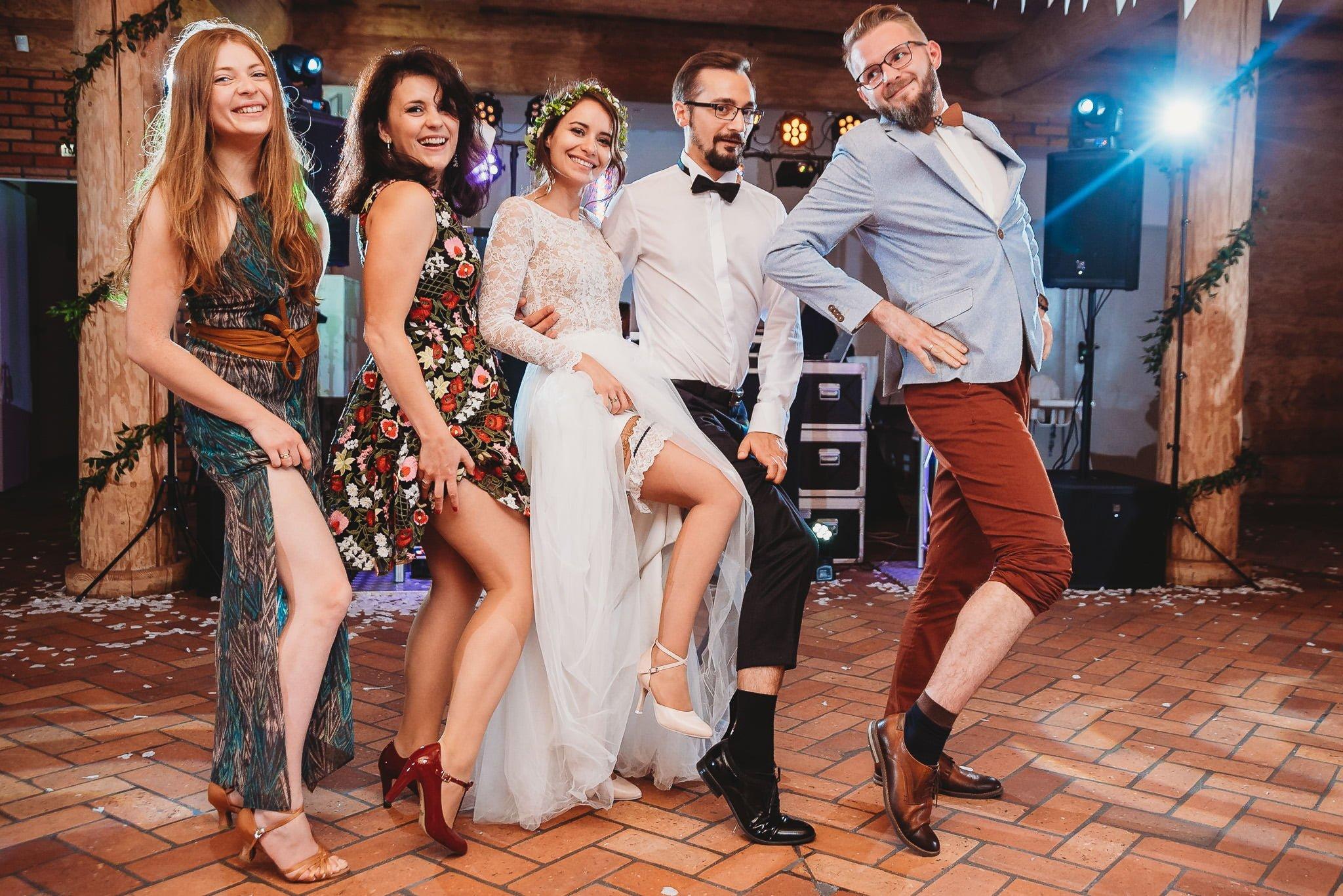 Fantastyczny ślub w stylu rustykalnym, wesele w Kapitańskiej  fotograf ślubny Konin 410