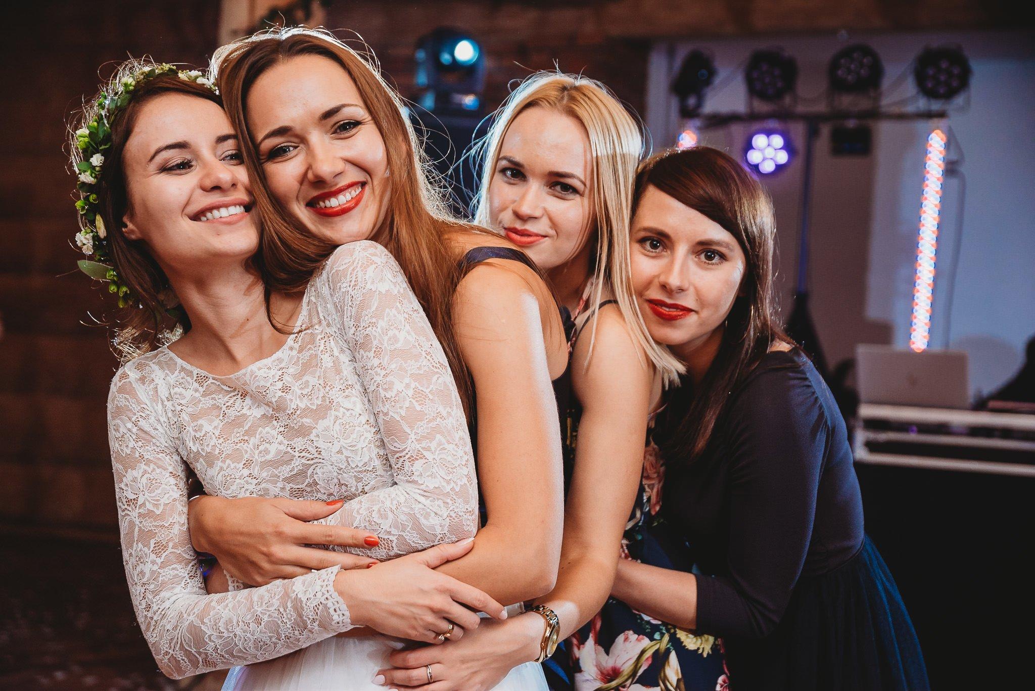 Fantastyczny ślub w stylu rustykalnym, wesele w Kapitańskiej  fotograf ślubny Konin 420
