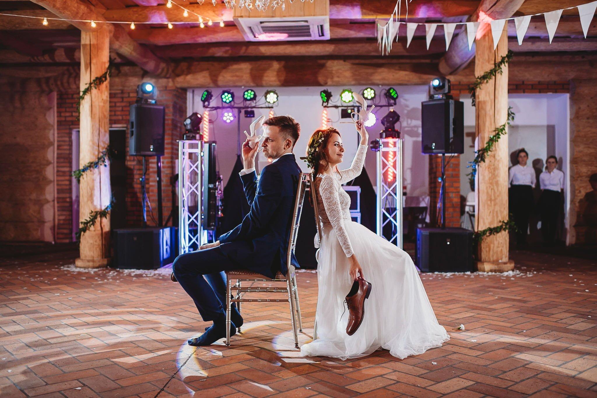 Fantastyczny ślub w stylu rustykalnym, wesele w Kapitańskiej  fotograf ślubny Konin 480