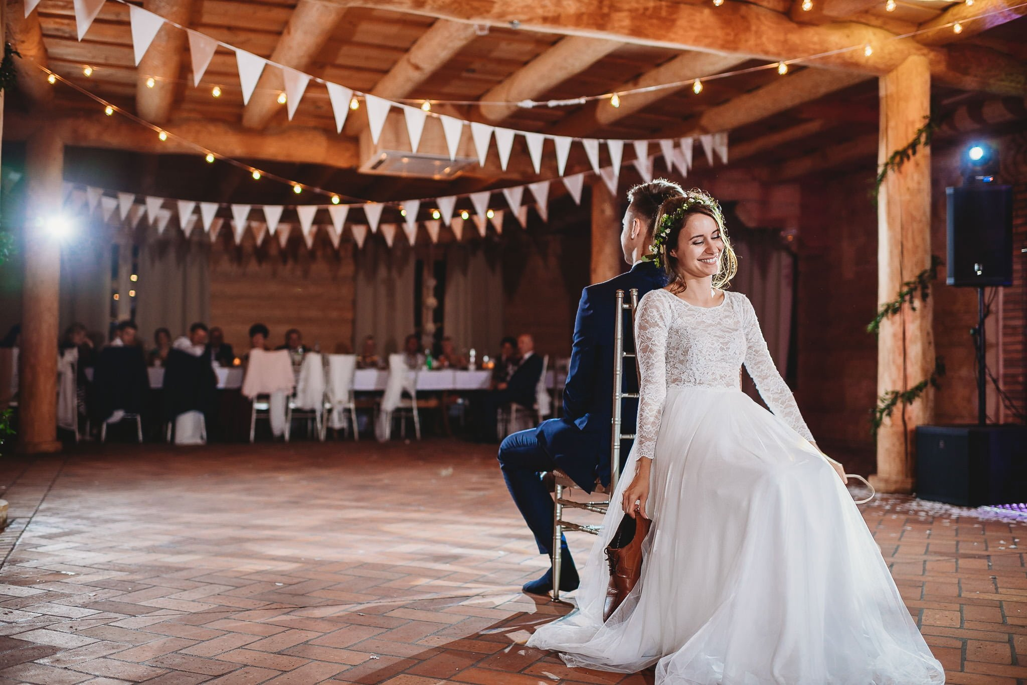 Fantastyczny ślub w stylu rustykalnym, wesele w Kapitańskiej  fotograf ślubny Konin 482