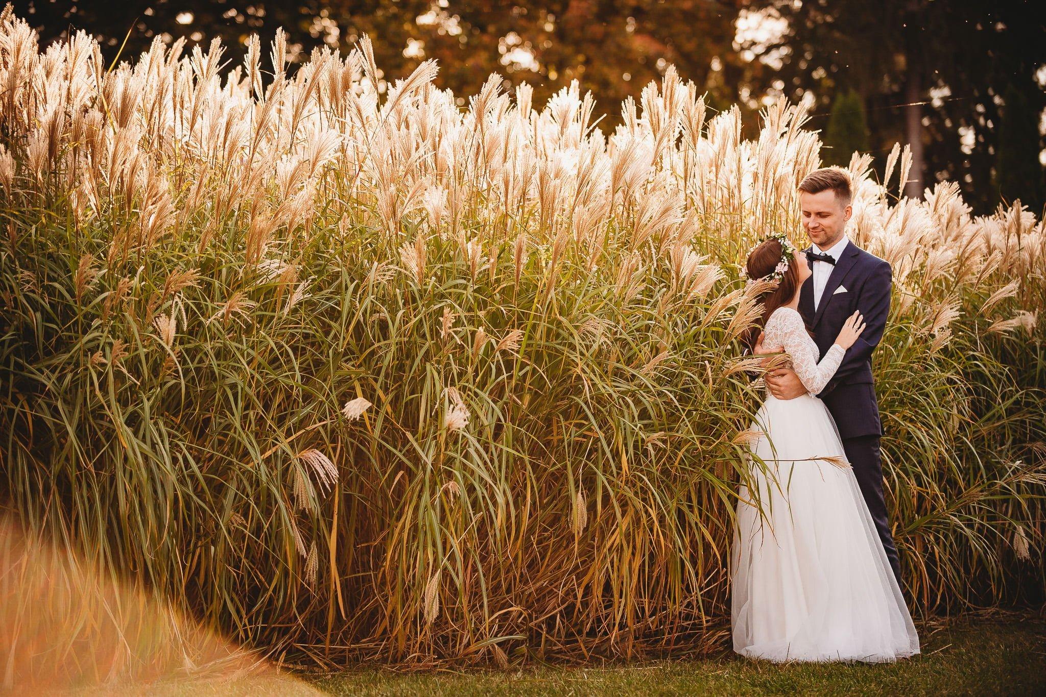 Fantastyczny ślub w stylu rustykalnym, wesele w Kapitańskiej  fotograf ślubny Konin 510