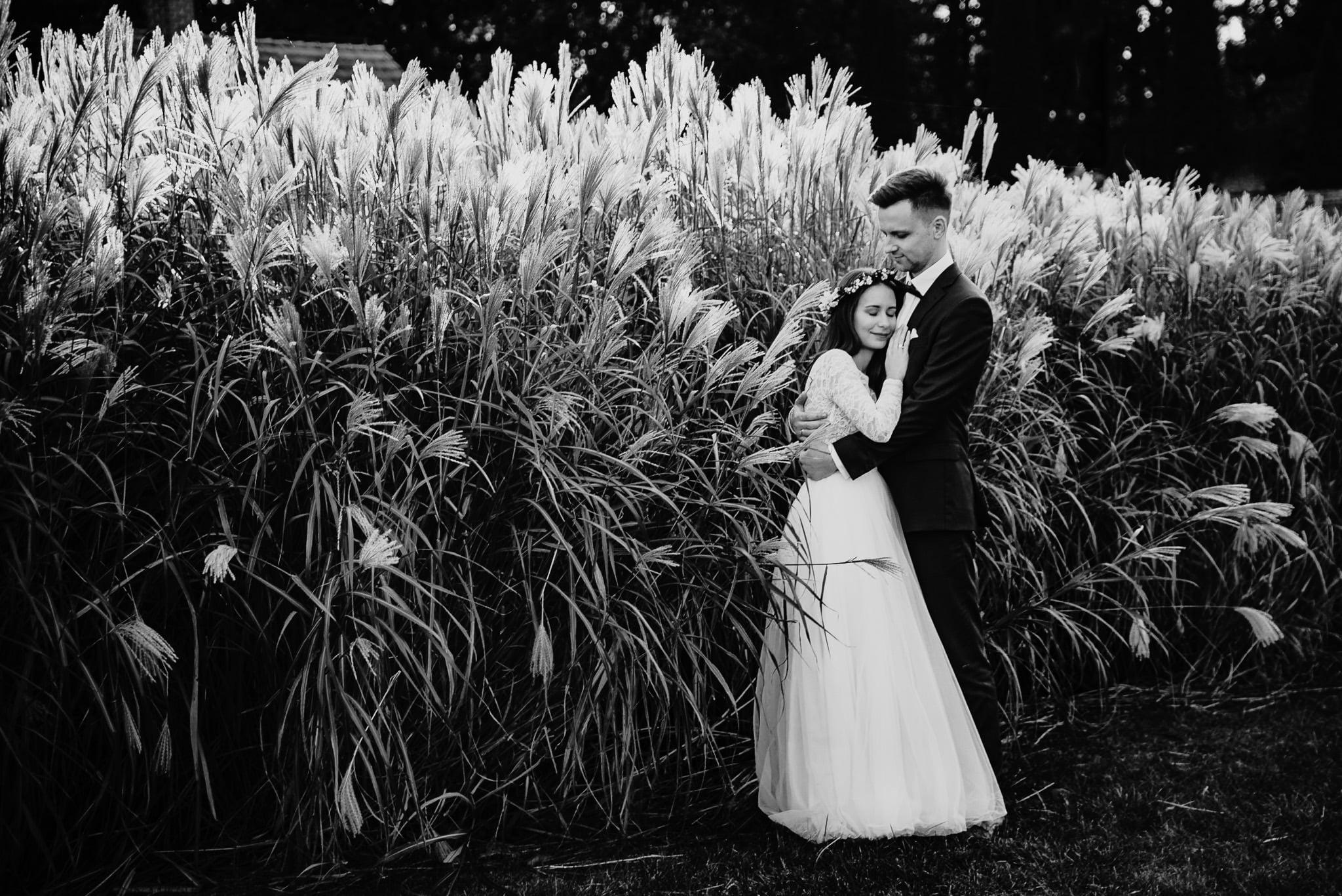 Fantastyczny ślub w stylu rustykalnym, wesele w Kapitańskiej  fotograf ślubny Konin 516