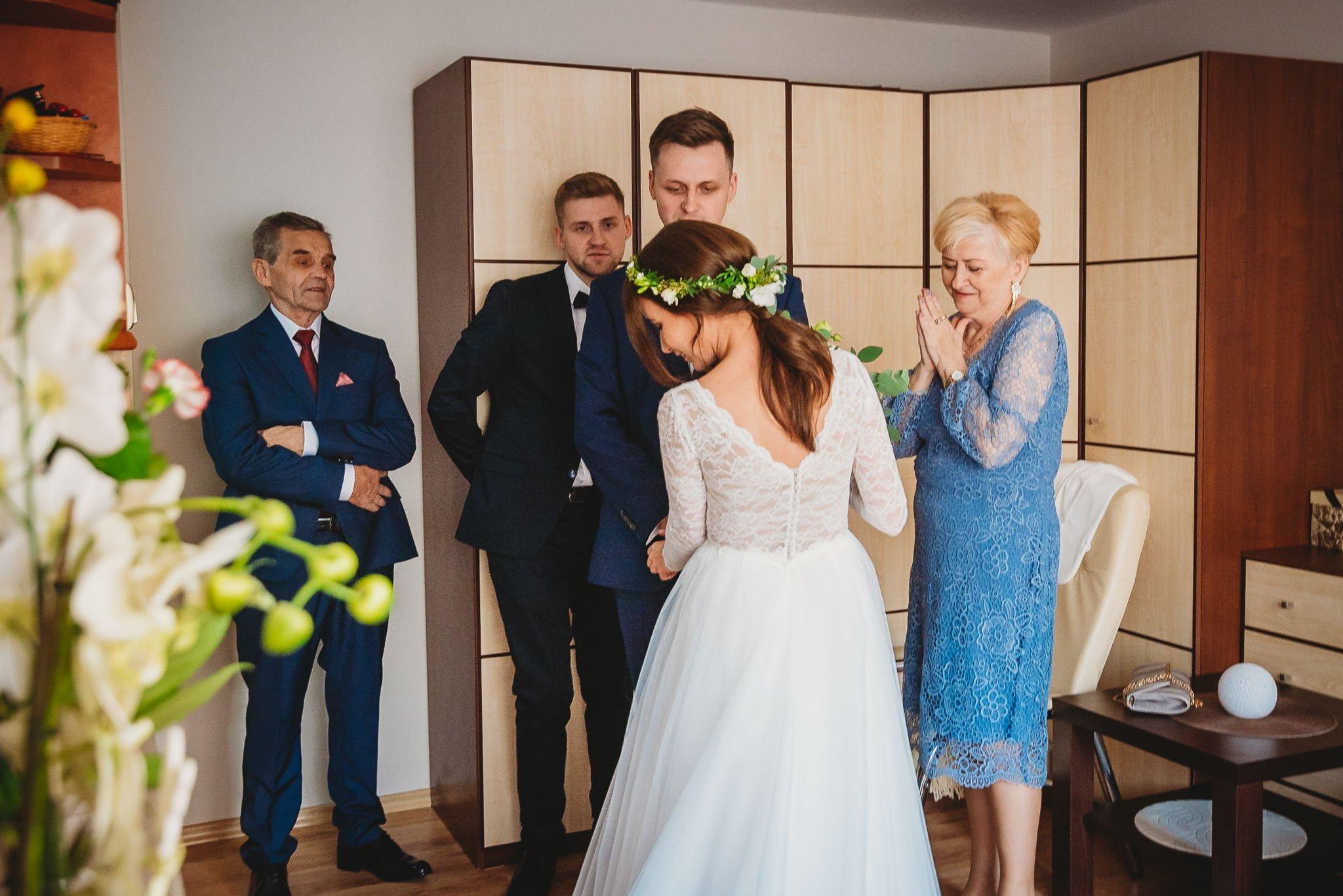 Fantastyczny ślub w stylu rustykalnym, wesele w Kapitańskiej  fotograf ślubny Konin 47