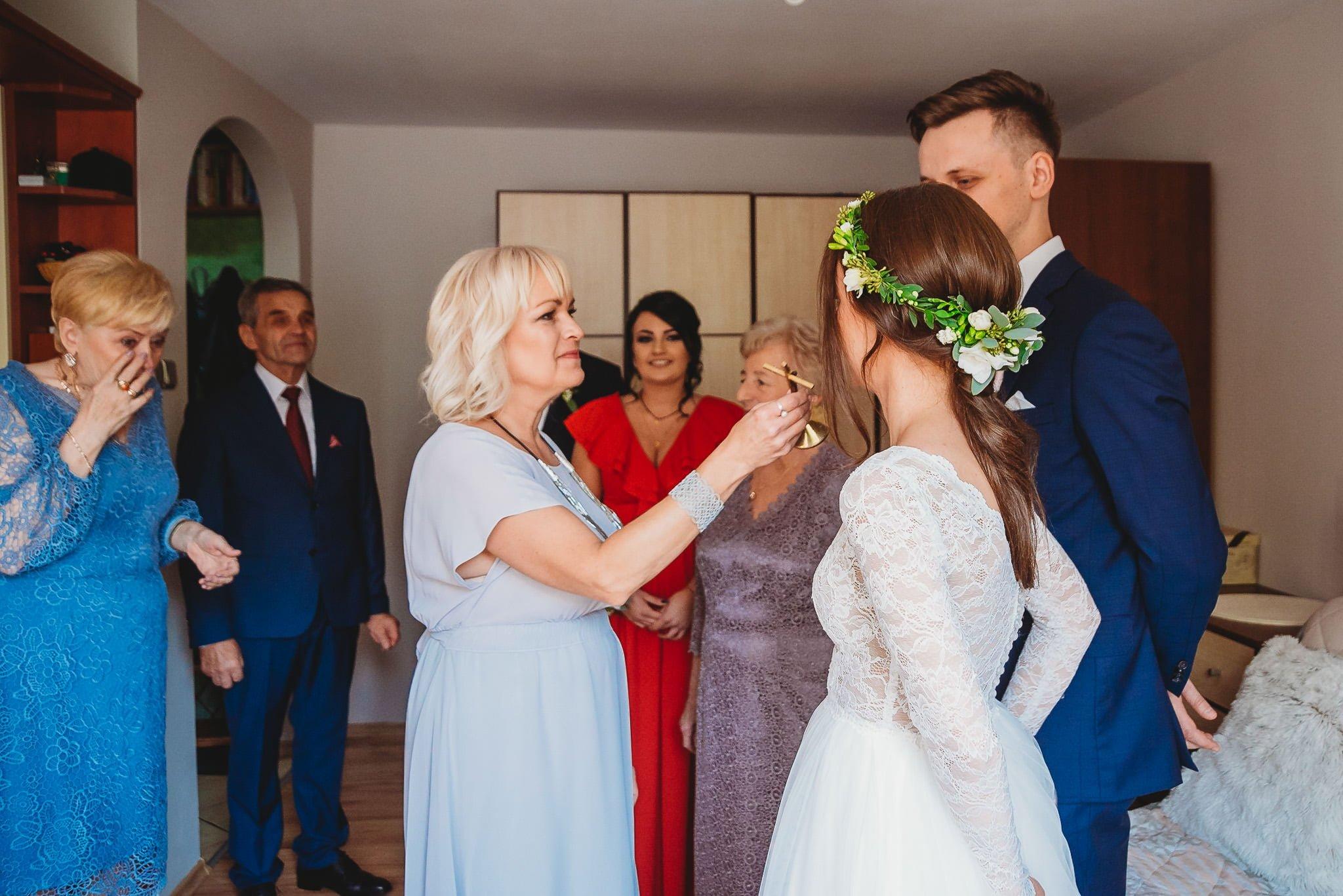 Fantastyczny ślub w stylu rustykalnym, wesele w Kapitańskiej  fotograf ślubny Konin 55