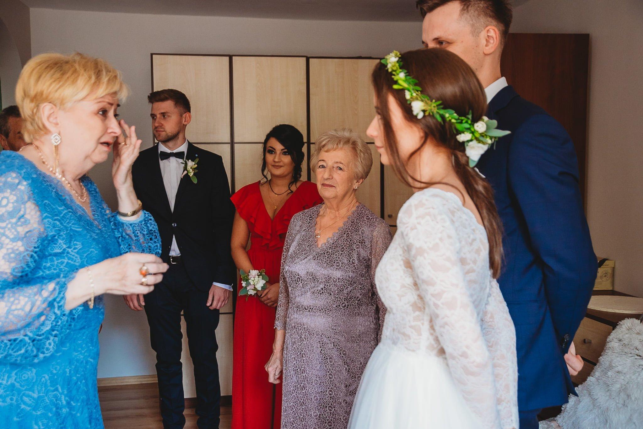 Fantastyczny ślub w stylu rustykalnym, wesele w Kapitańskiej  fotograf ślubny Konin 57